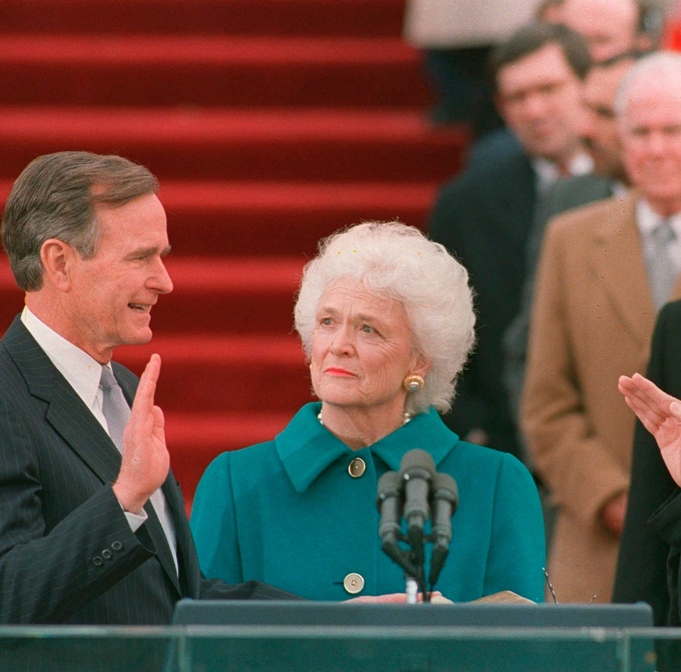 George H.W. Bush — a true point of light | Reaching to God