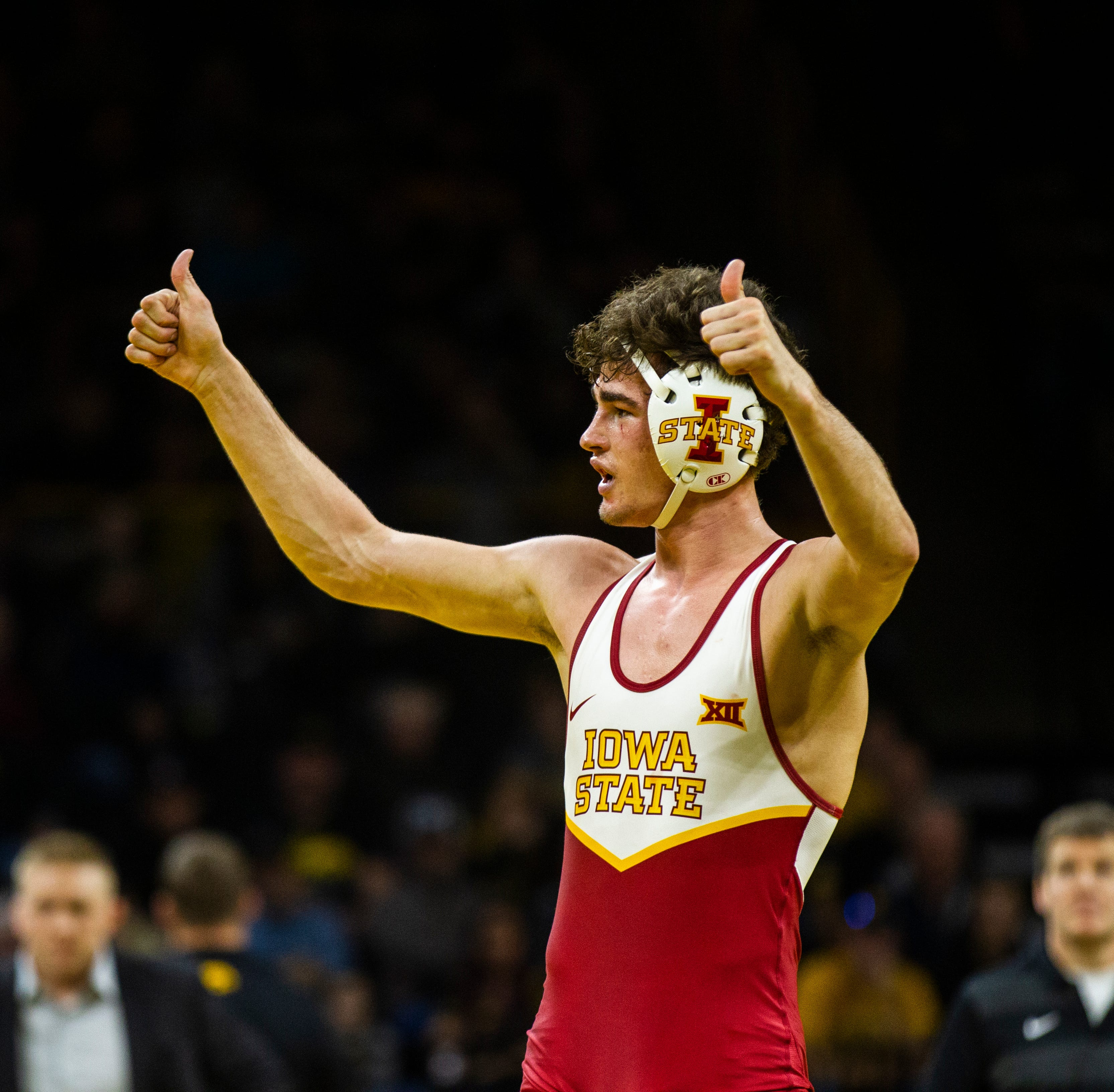 Iowa State extends dual winning streak to five by beating West Virginia