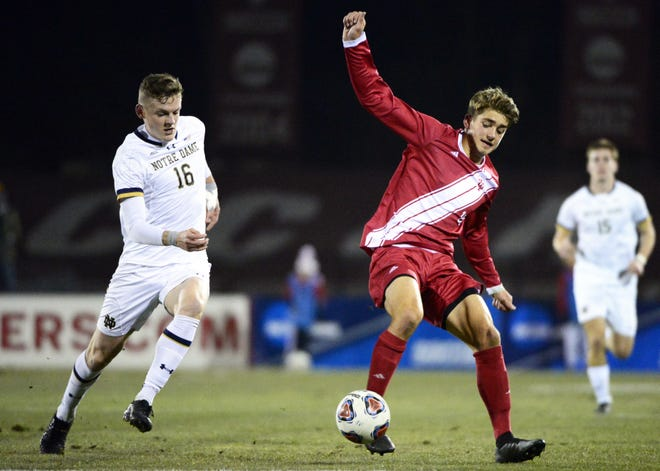 Indiana Hoosiers midfielder Justin Rennicks (10) controls the ball during the NCAA quarterfinal match against Notre Dame at Bill Armstrong Stadium in Bloomington Ind., on Friday, Nov. 30, 2018.
