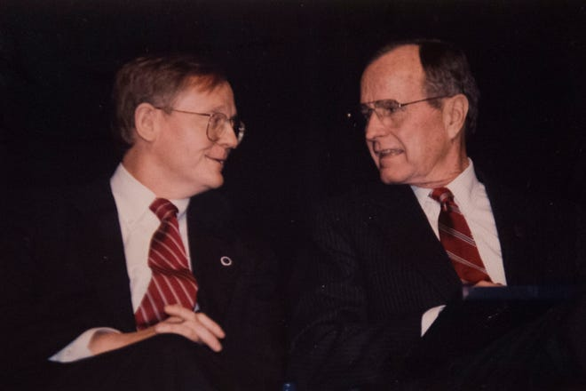 George H.W. Bush, in Knoxville during his 1992 re-election campaign, visits with then-Mayor Victor Ashe. Bush would be defeated by Bill Clinton.