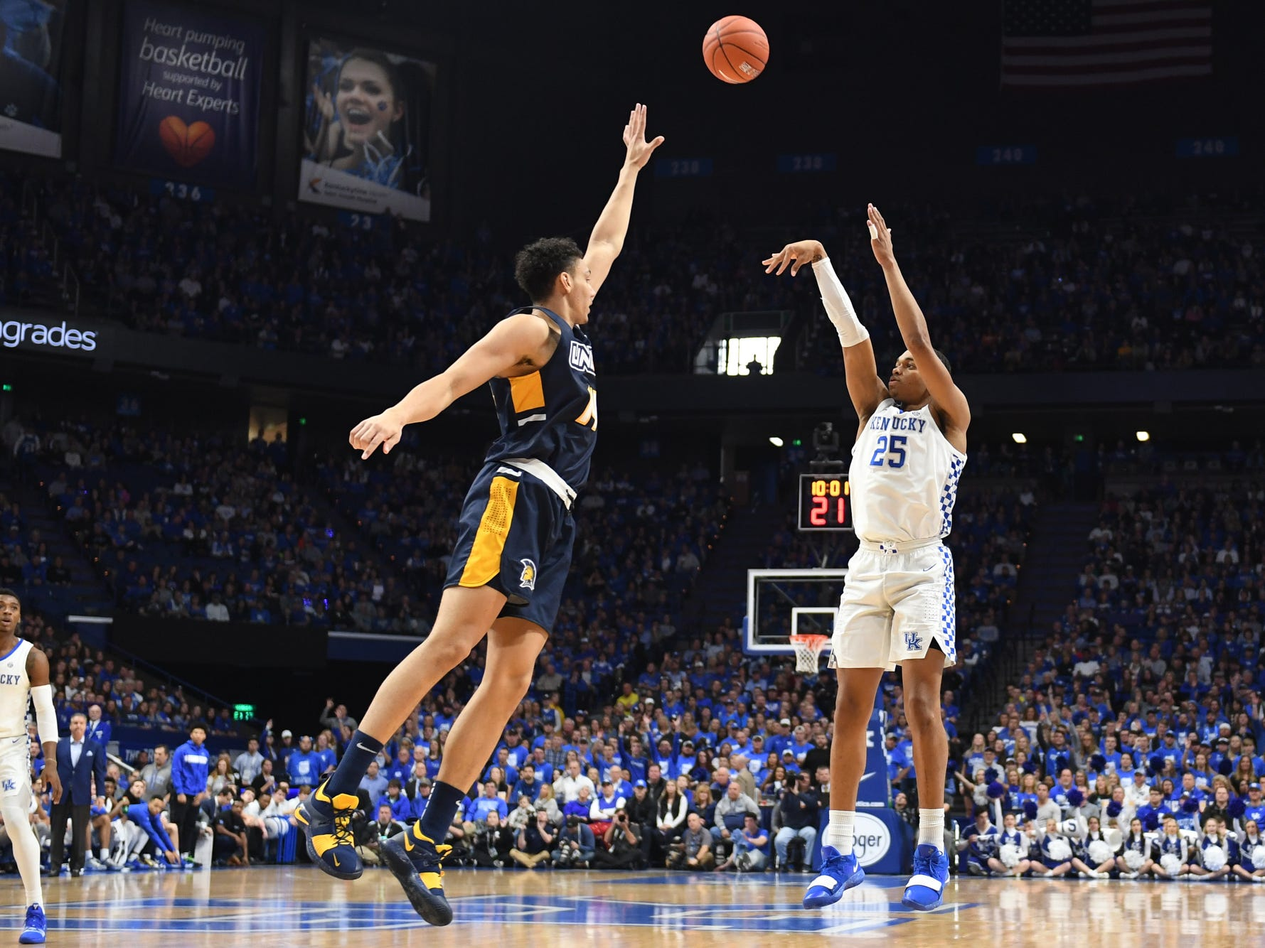 UK F PJ Washington shoots the ball during the University of Kentucky men's basketball game against UNC Greensboro at Rupp Arena in Lexington, Kentucky on Saturday, December 1, 2018.