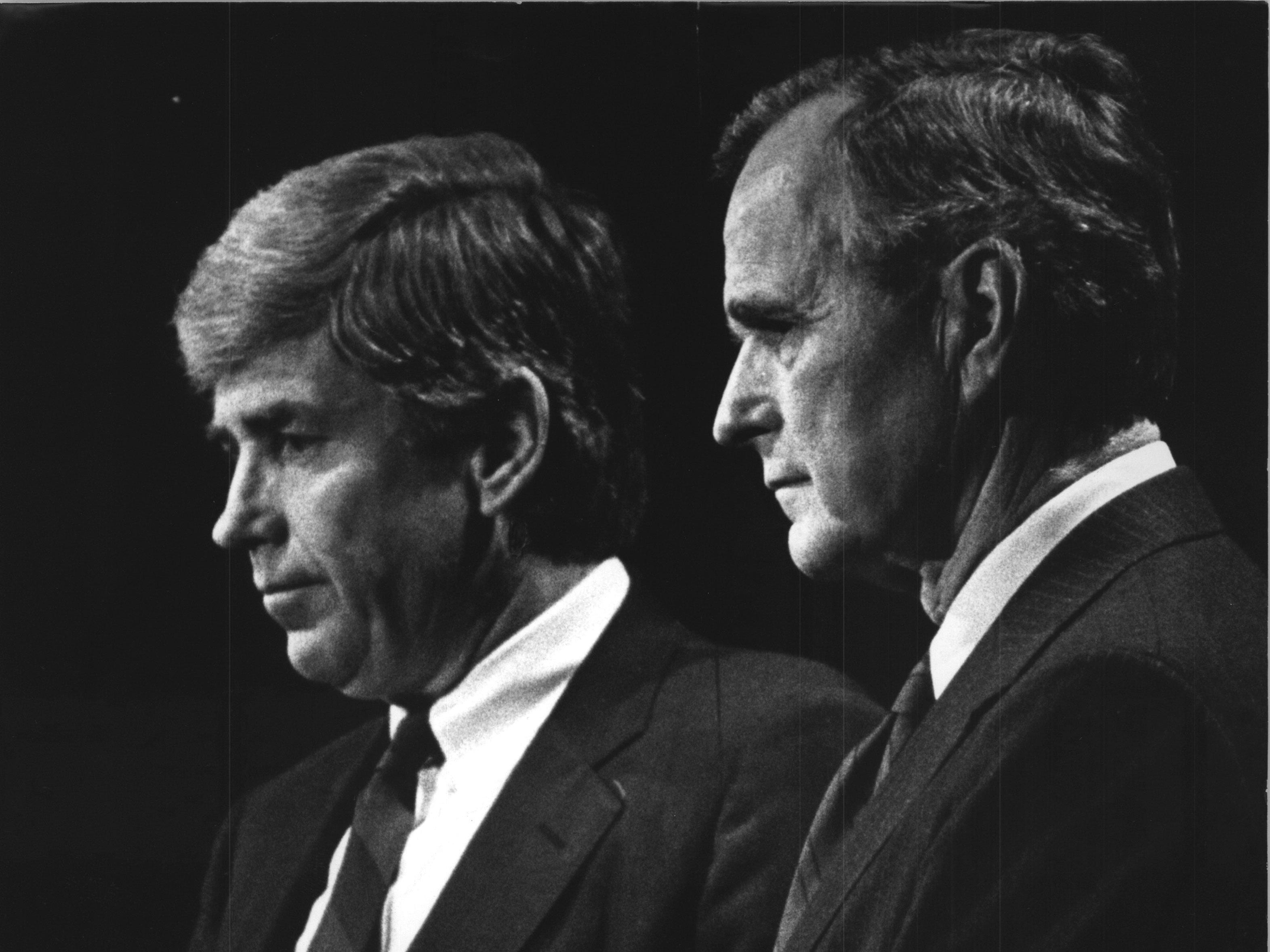 US Rep. Jack Kemp (left) endorses President George Bush at a news conference at the Pfister Hotel in 1988.