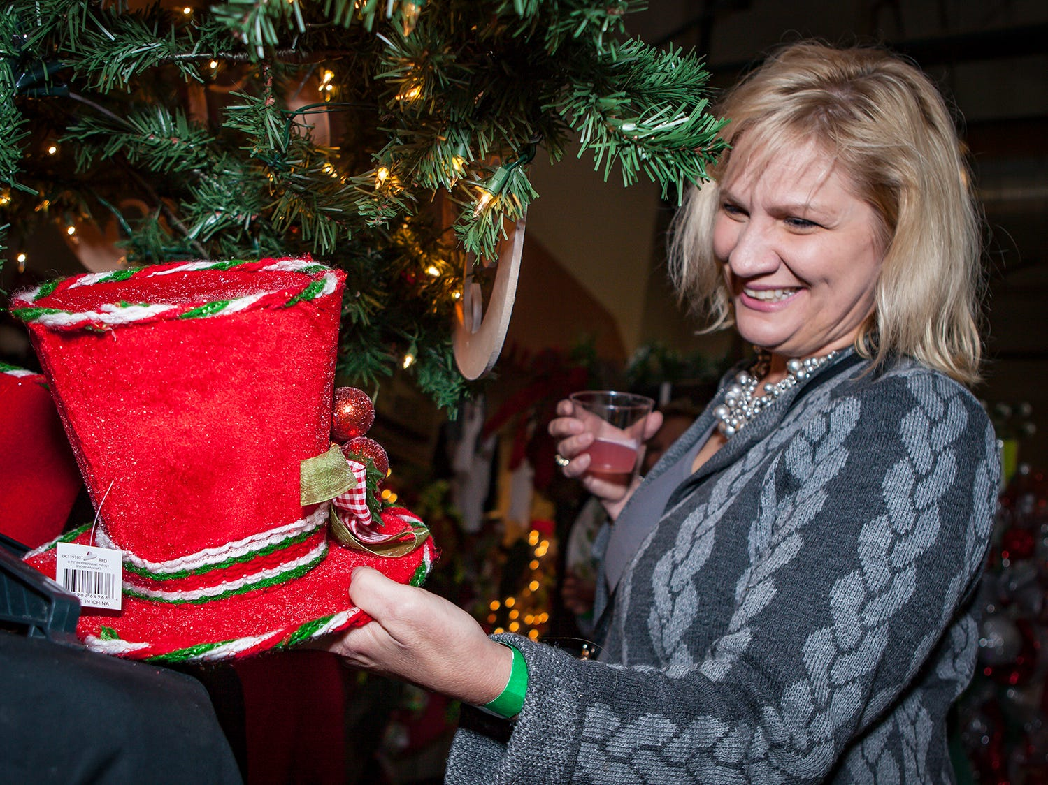 Theresa Wall at Mistletoe & Martinis, the preview party for Junior League of Murfreesboro's 2018 Hollyday Marketplace.