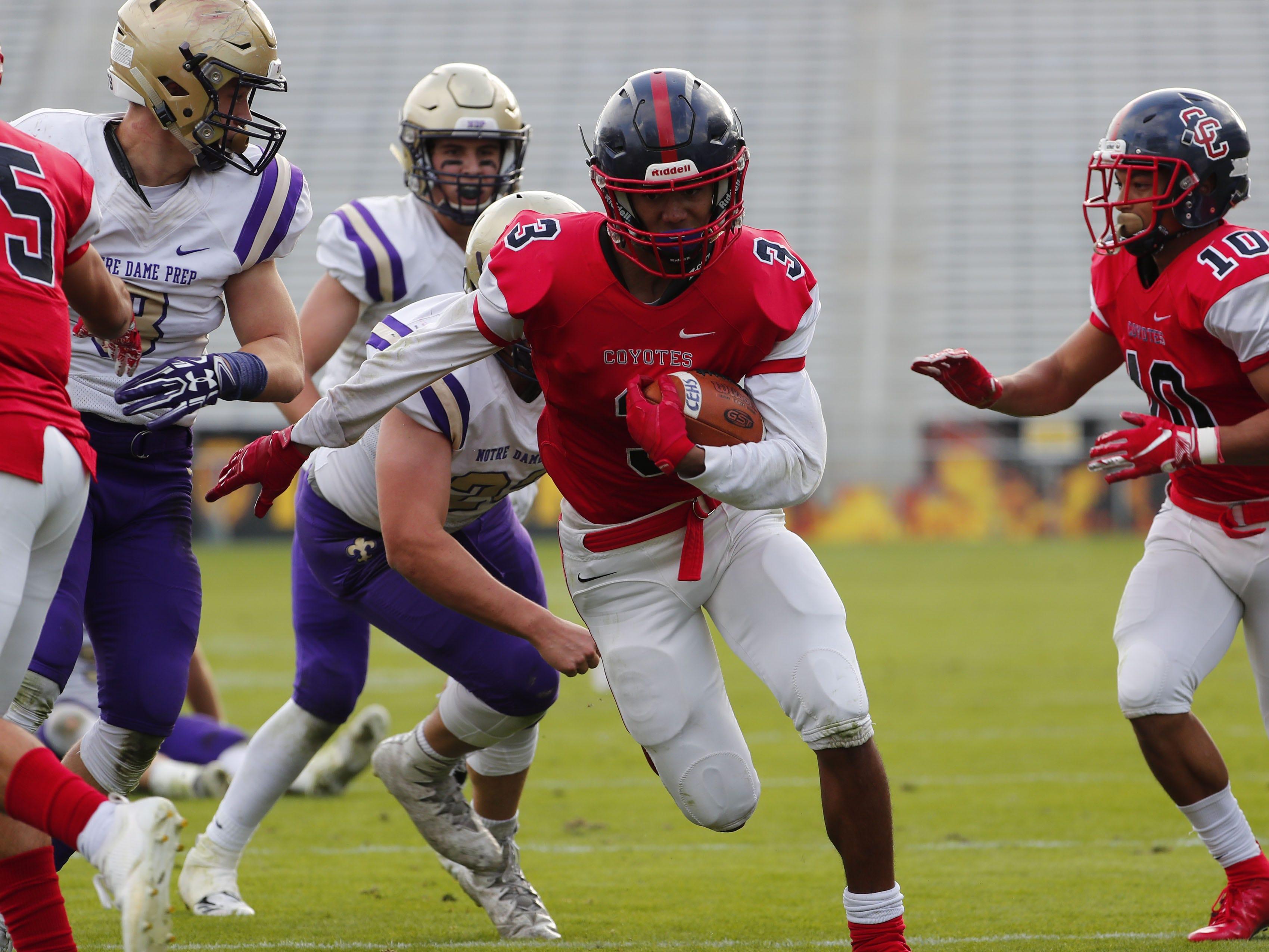 Centennial's Jaydin Young (3) runs for a touchdown against Notre Dame Prep during the 5A state football championship at Sun Devil Stadium December 1, 2018. Centennial won 60-7. #azhsfb