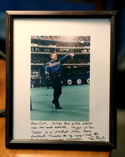 Photo of George H. W. Bush dedicated to Curt Smith, which he keeps at his Chili home.