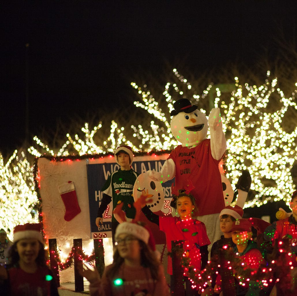 Spiritfest and Lighted Christmas Parade take over downtown with holiday cheer