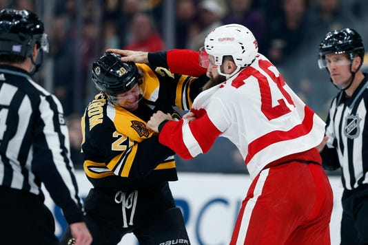 Luke Witkowski, Red Wings fight
