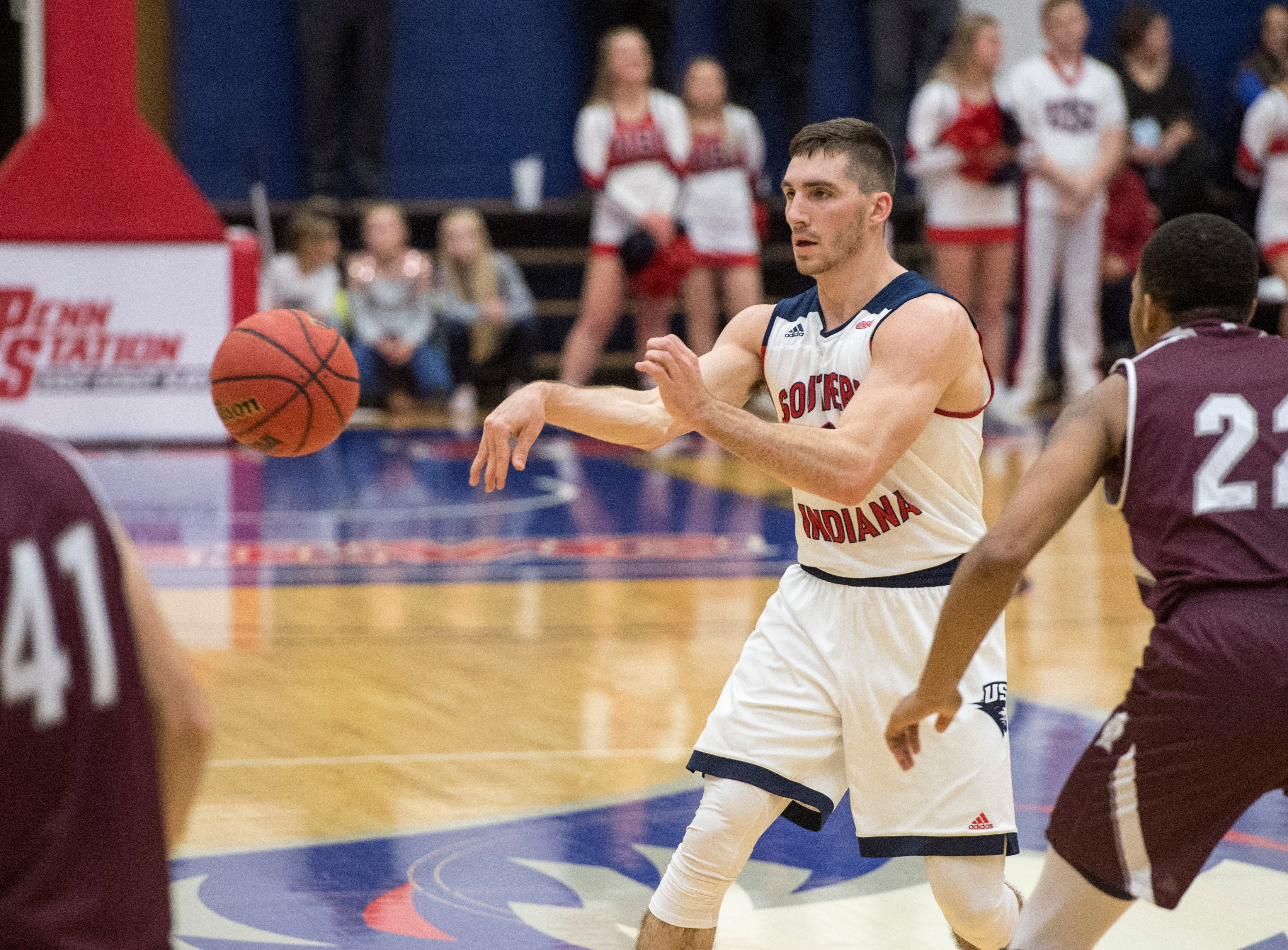 USI's Jacob Norman (2) passes the ball during the USI vs Bellarmine game at the PAC Saturday, Dec. 1, 2018.