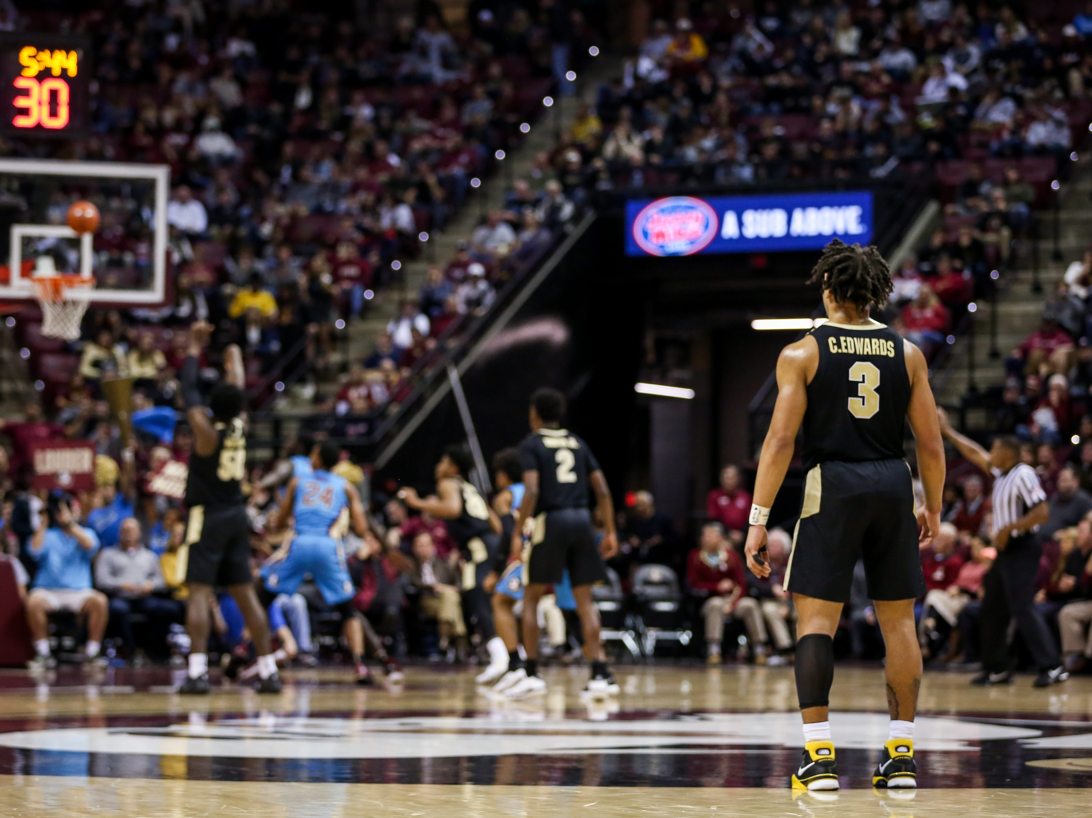Despite Purdue's loss, Carsen Edwards (3) led the Boilermakers with a breakout 24-point performance against the Noles on Wednesday, November 28th.