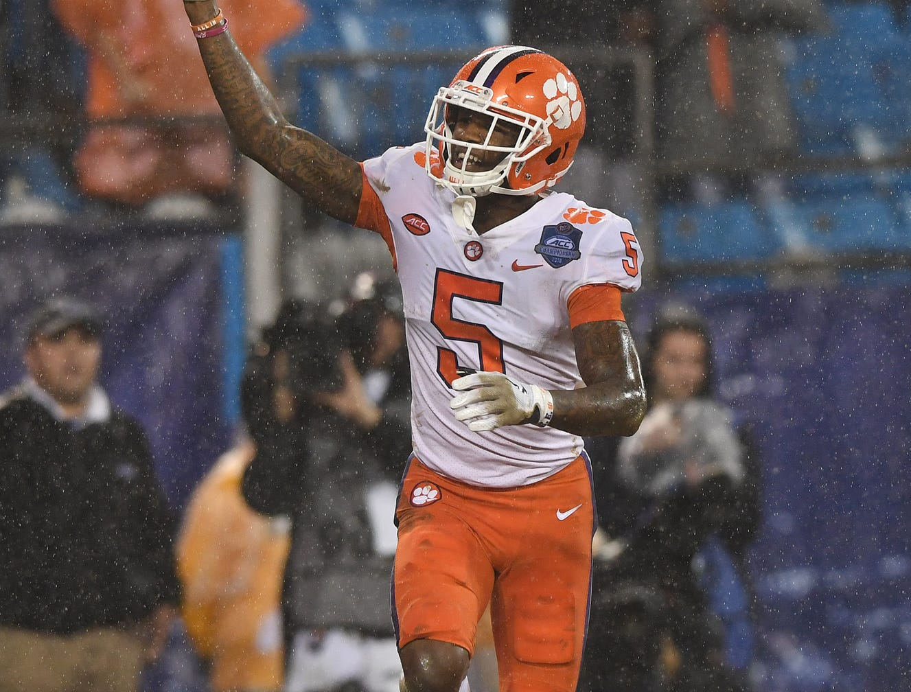 Clemson wide receiver Tee Higgins (5) celebrates after catching a TD against Pittsburgh during the 2nd quarter of the Dr. Pepper ACC Championship at Bank of America Stadium in Charlotte, N.C. Saturday, December 1, 2018.