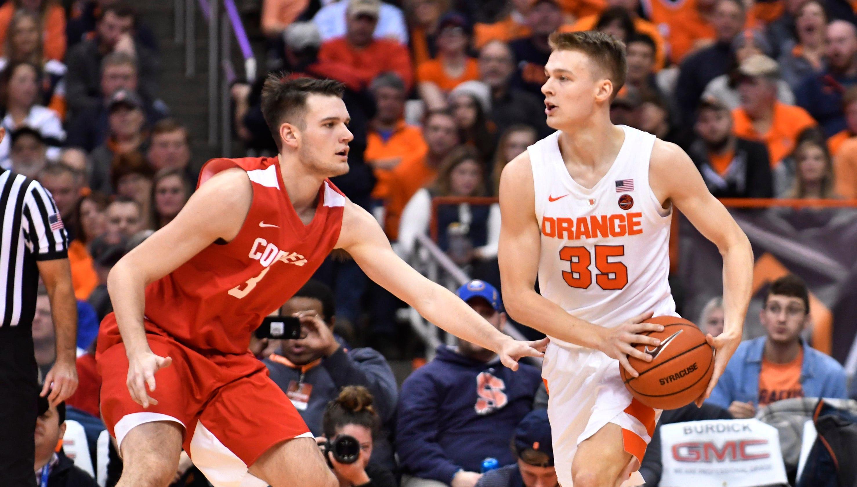 Syracuse Vs Cornell Basketball Social Media Adores Boeheim