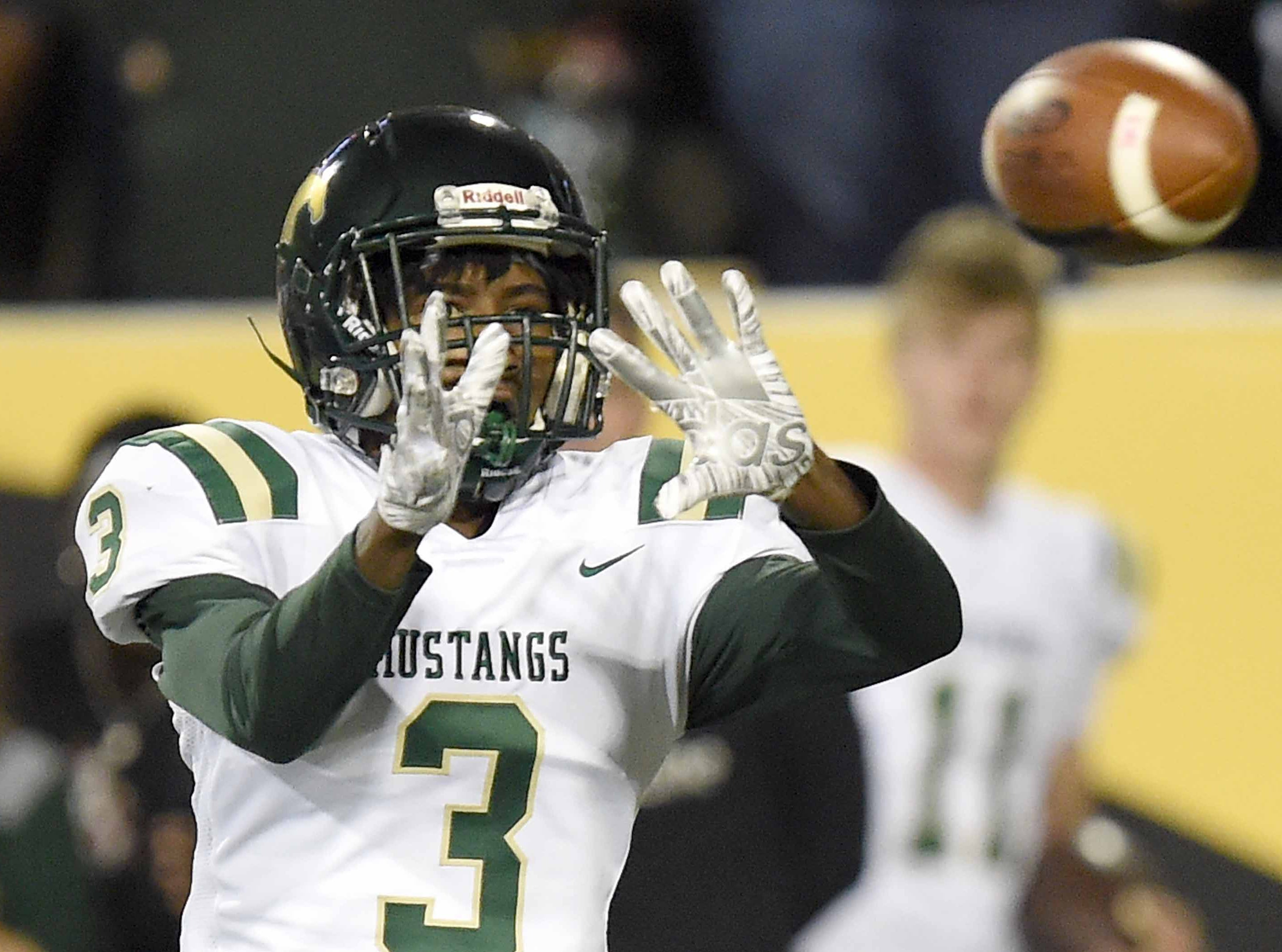 West Jones' Jalen Graham (3) catches a pass against West Point on Saturday, December 1, 2018, in the MHSAA BlueCross BlueShield Gridiron Classic High School Football Championships in M.M. Roberts Stadium on the University of Southern Mississippi campus in Hattiesburg, Miss.