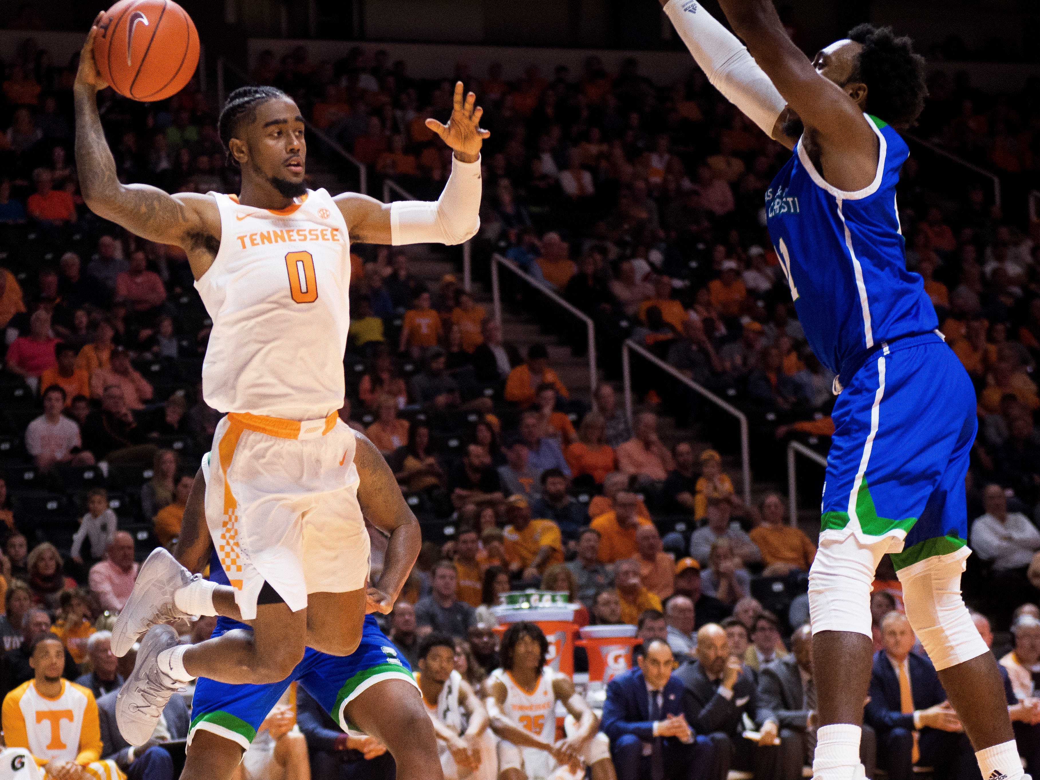 Tennessee guard Jordan Bone (0) passes the ball to a teammate during the second half of the Tennessee Volunteers' home basketball game against the Texas A&M-Corpus Christi Islanders at Thompson-Boling Arena on Sunday, December 2, 2018.