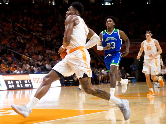 Tennessee guard Admiral Schofield (5) drives to the goal during the second half of the Tennessee Volunteers' home basketball game against the Texas A&M-Corpus Christi Islanders at Thompson-Boling Arena on Sunday, December 2, 2018.