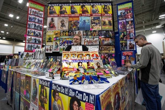 Artist Robert James Luedke manned his corner booth during Louisville SuperCon. 12/1/18