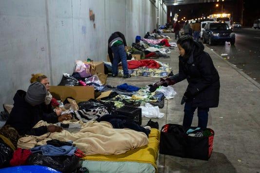 Homelessfeedingdarcy Pearl01