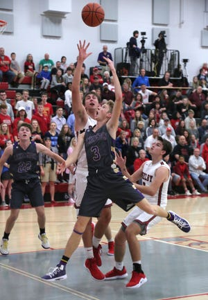 Lexington's Kyle Johnston is up for Mansfield News Journal Male Athlete of the Week after making eight three-pointers in a win over Upper Sandusky on Saturday.