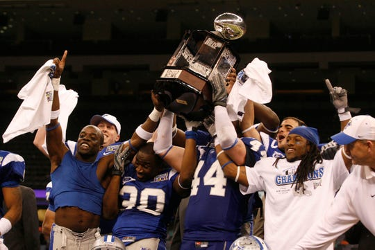 MTSU football players celebrate after beating Southern miss in the New Orleans Bowl on Dec. 20, 2009. The Blue Raiders will be playing Appalachian State in the 2018 New Orleans Bowl on Saturday.