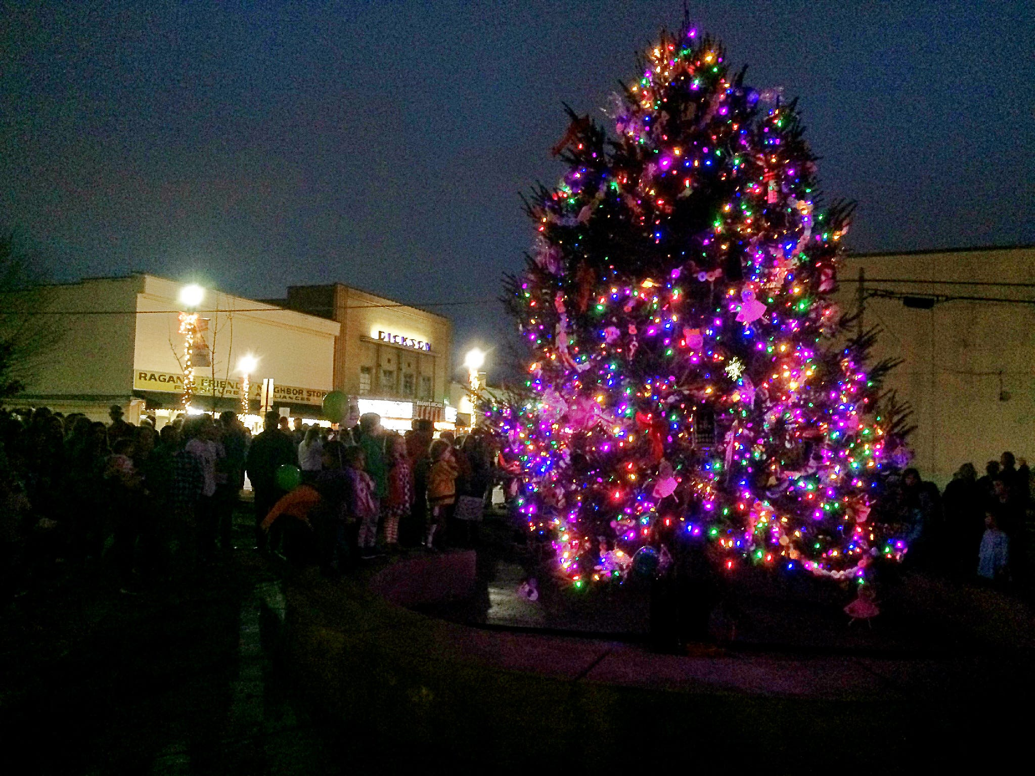 The City of Dickson Christmas Tree was lit in Downtown Dickson on Friday night.
