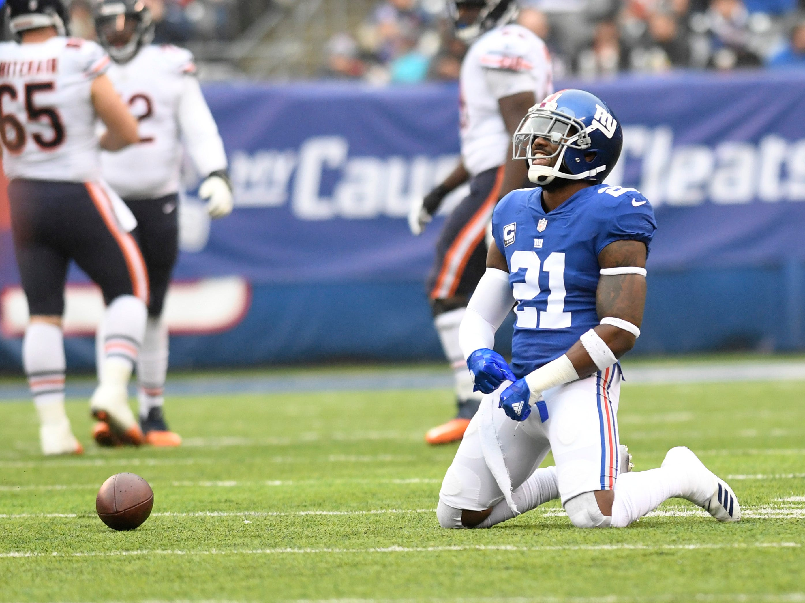New York Giants safety Landon Collins (21) smiles after nearly intercepting a pass thrown by Chicago Bears quarterback Chase Daniel (not pictured) in the first half. Collins was then called for a pass interference.
