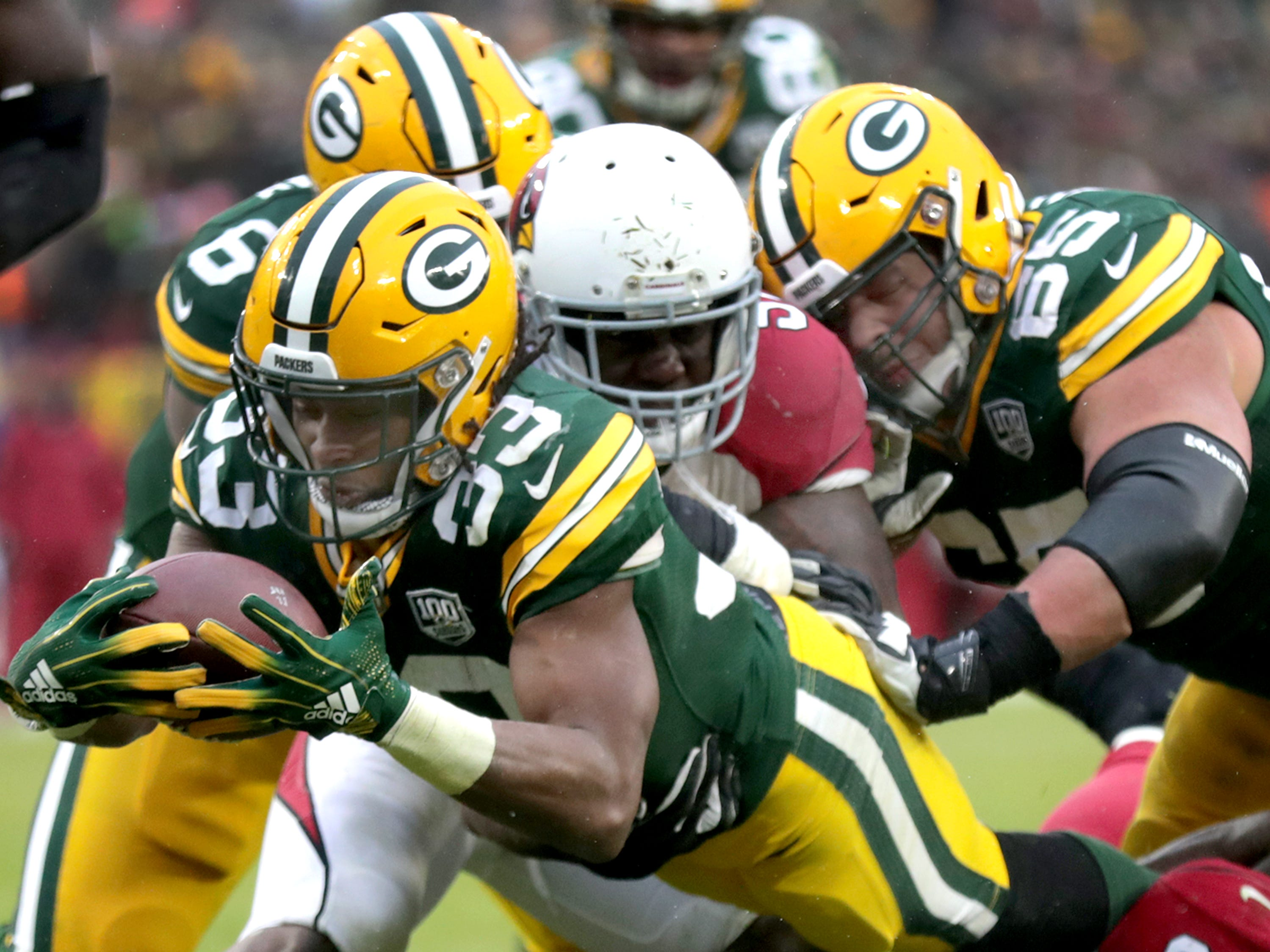Green Bay Packers running back Aaron Jones rushes for a late fourth quarter touchdown, evening the score up at 17 each, against the Arizona Cardinals during their football game on Sunday, December 2, 2018, at Lambeau Field in Green Bay, Wis. Arizona defeated Green Bay 20 to 17. Wm. Glasheen/USA TODAY NETWORK-Wisconsin.