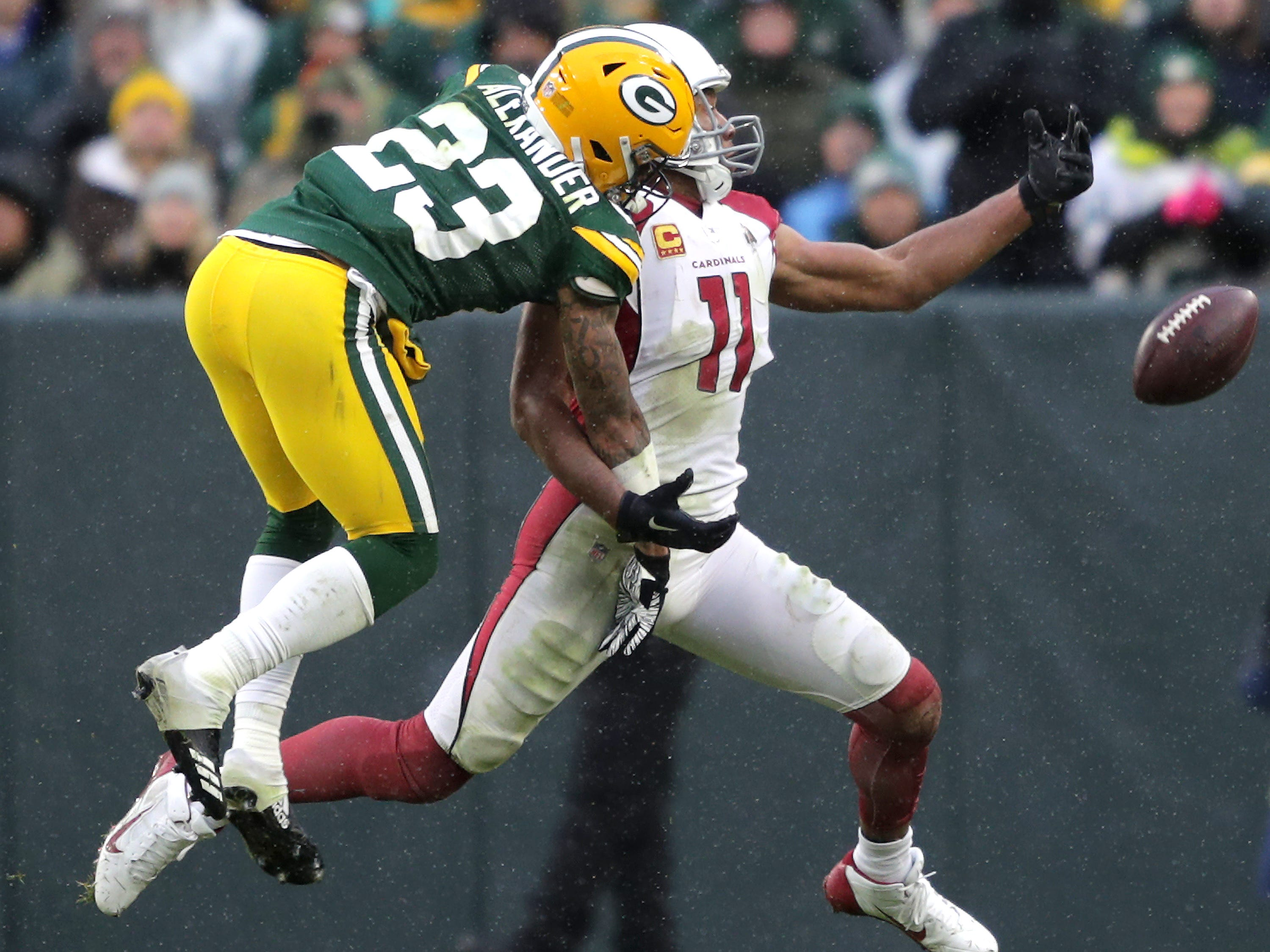 Green Bay Packers cornerback Jaire Alexander defends a third down pass to Arizona Cardinals wide receiver Larry Fitzgerald late in the fourth quarter during their football game on Sunday, December 2, 2018, at Lambeau Field in Green Bay, Wis. Arizona defeated Green Bay 20 to 17. Wm. Glasheen/USA TODAY NETWORK-Wisconsin.