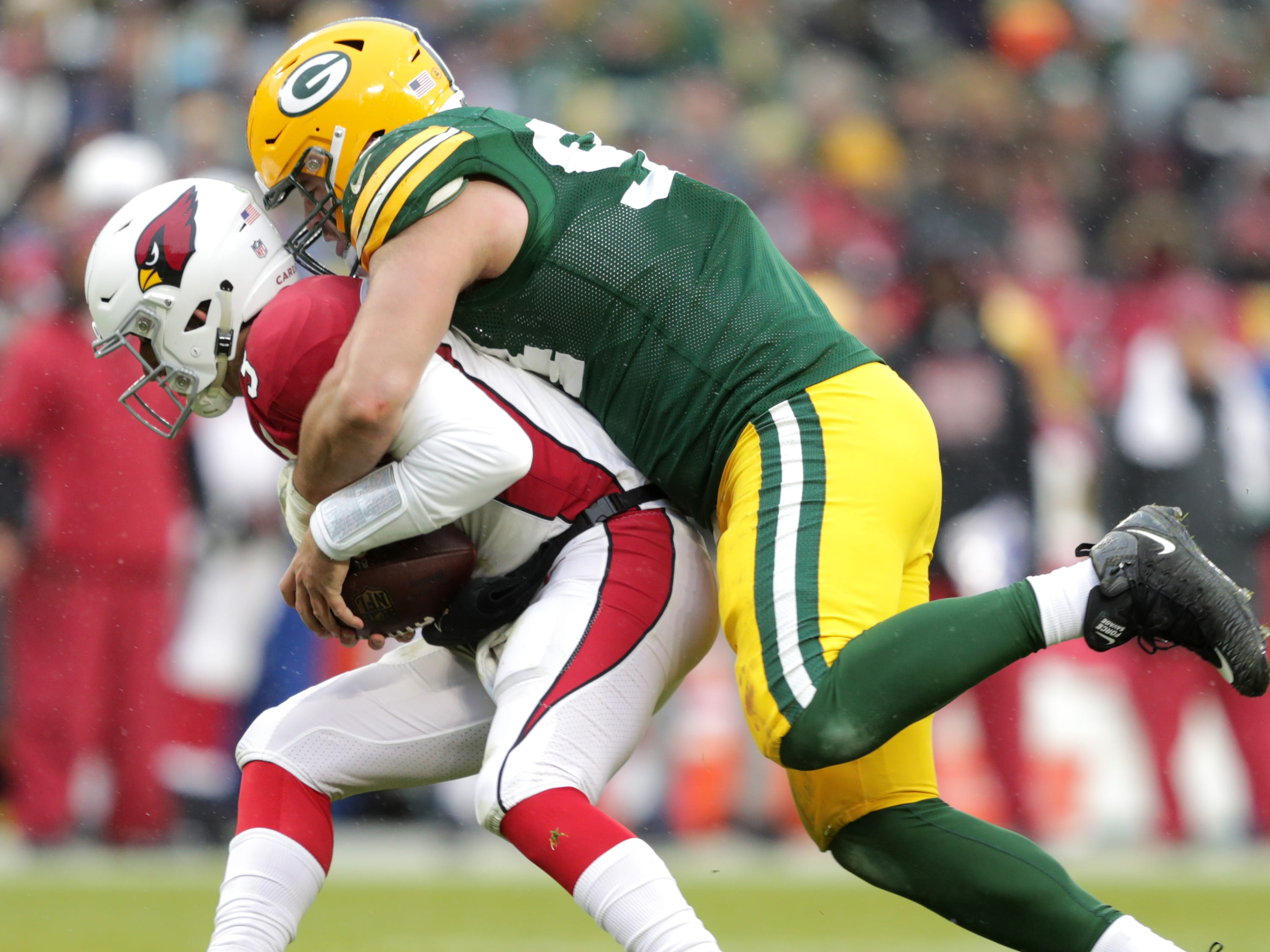 Green Bay Packers defensive end Dean Lowry sacks Arizona Cardinals quarterback Josh Rosenmduring their football game on Sunday, December 2, 2018, at Lambeau Field in Green Bay, Wis. Arizona defeated Green Bay 20 to 17. Wm. Glasheen/USA TODAY NETWORK-Wisconsin.