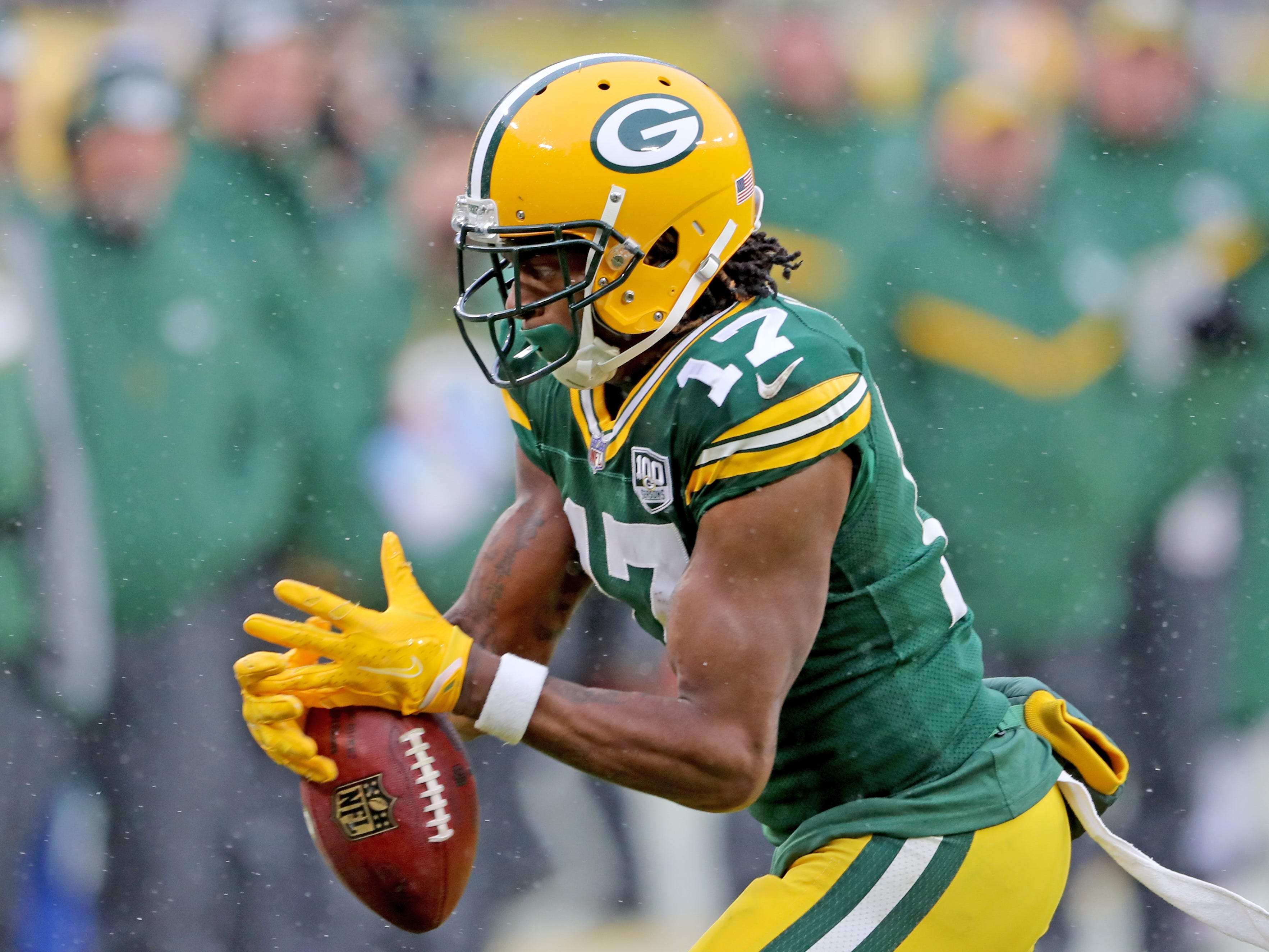 Green Bay Packers wide receiver Davante Adams (17) drops a pass against the Arizona Cardinals Sunday, December 2, 2018 at Lambeau Field in Green Bay, Wis. Jim Matthews/USA TODAY NETWORK-Wis