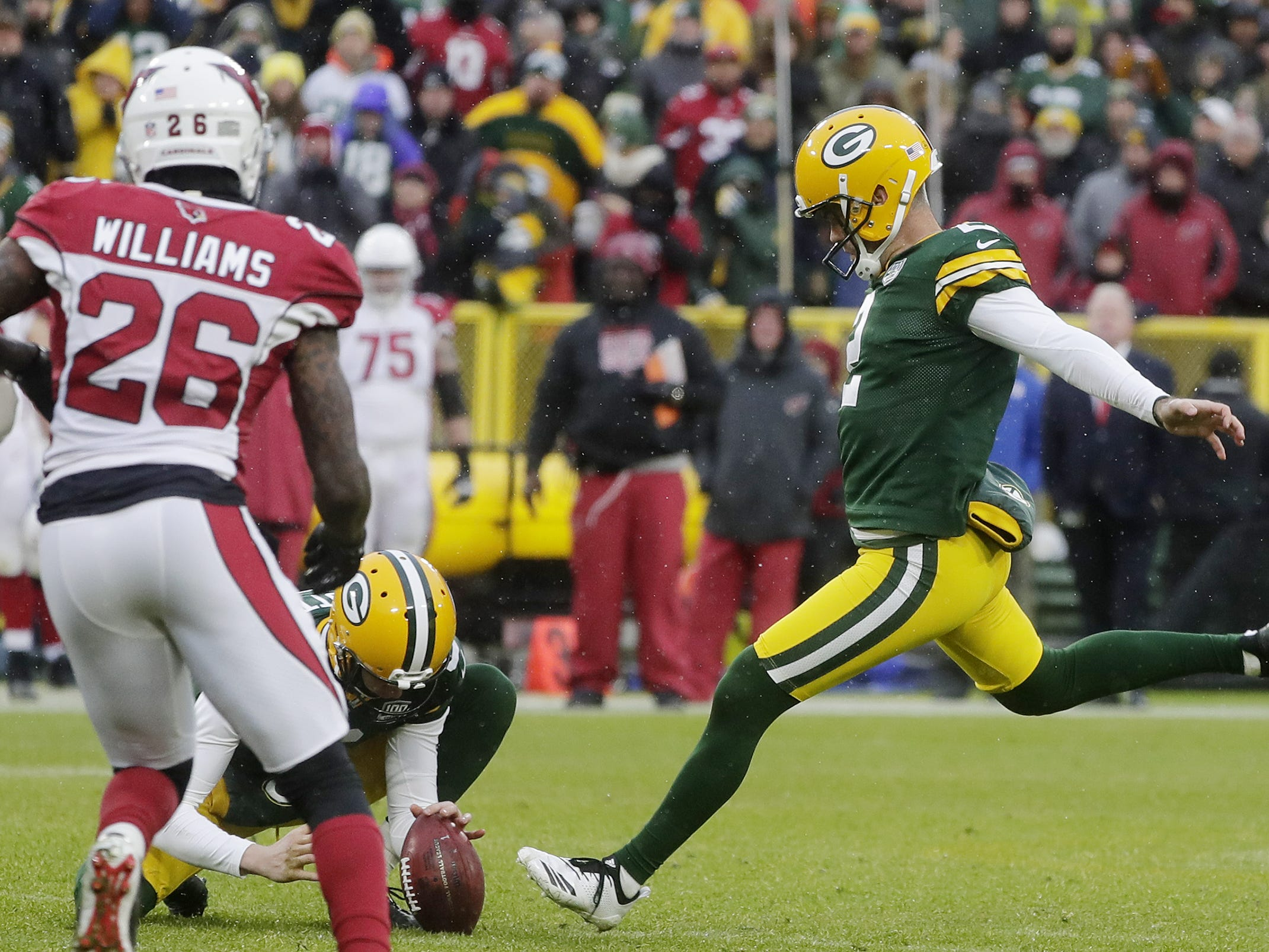 Green Bay Packers kicker Mason Crosby (2) misses a field goal as time expires in the fourth quarter against the Arizona Cardinals at Lambeau Field on Sunday, December 2, 2018 in Green Bay, Wis.