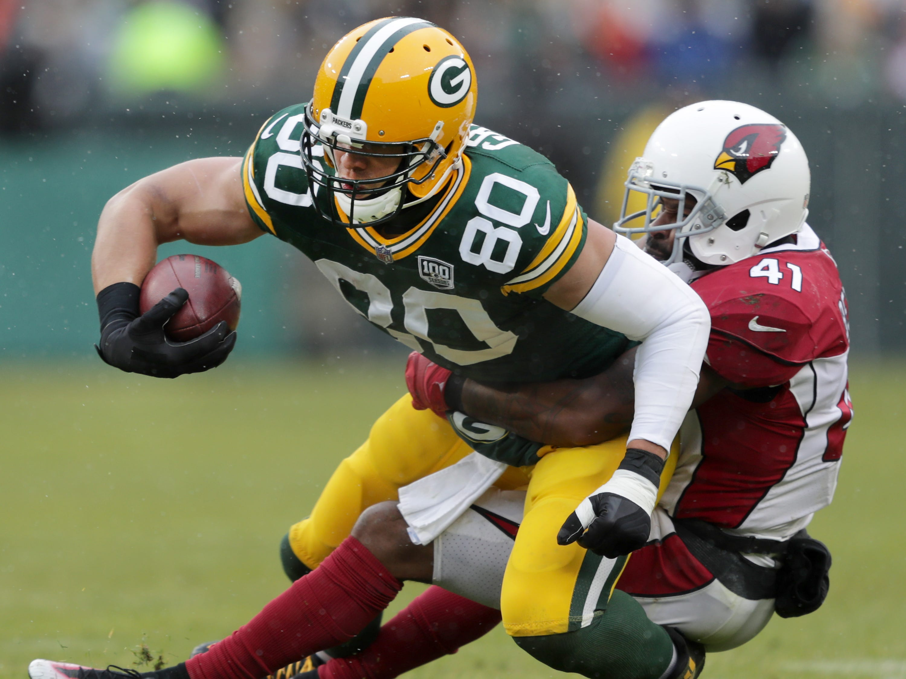 Green Bay Packers tight end Jimmy Graham is tackled by Arizona Cardinals free safety Antoine Bethea during their football game on Sunday, December 2, 2018, at Lambeau Field in Green Bay, Wis. Wm. Glasheen/USA TODAY NETWORK-Wisconsin.