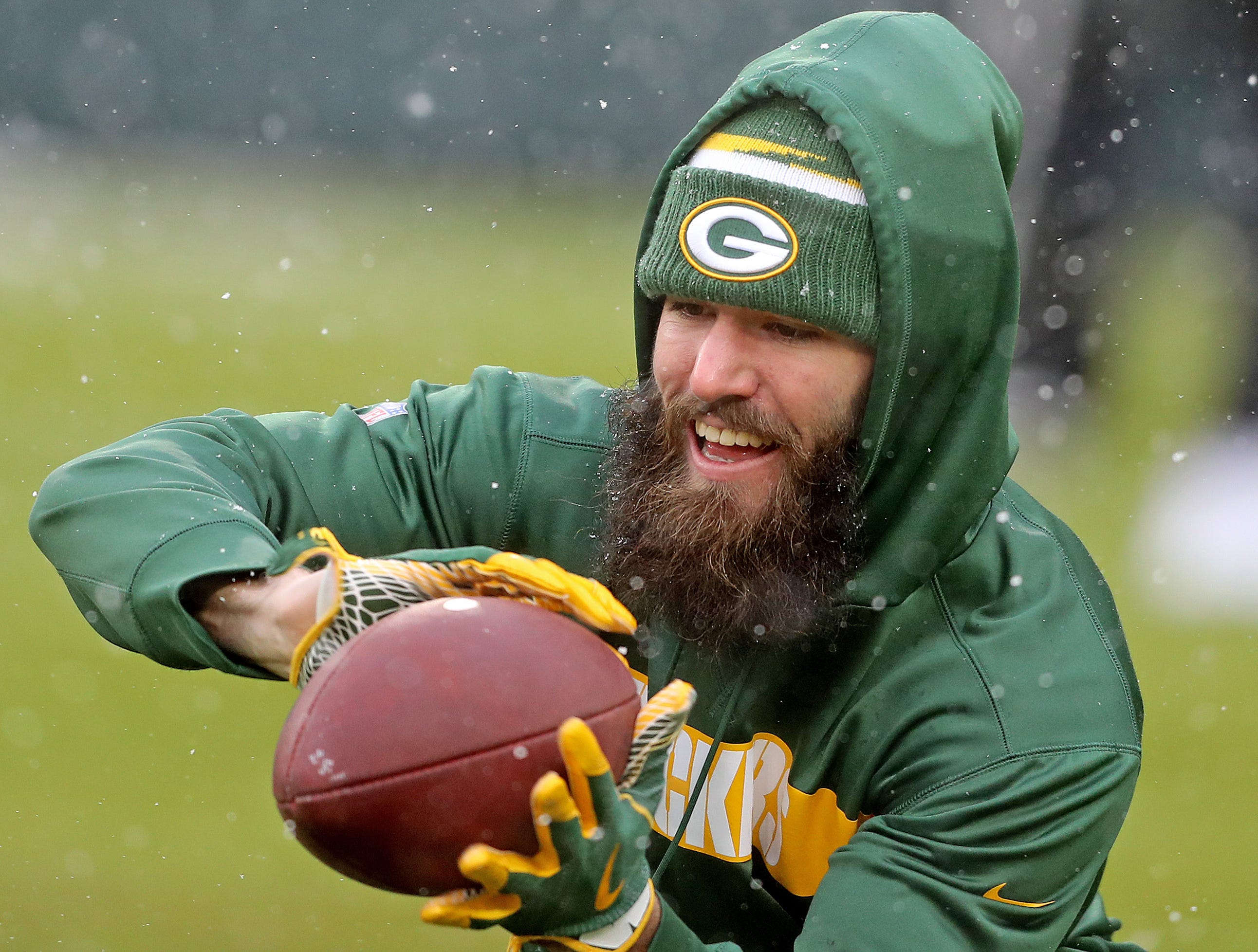 Green Bay Packers wide receiver Jake Kumerow (16) warms up before the game against the Arizona Cardinals Sunday, December 2, 2018 at Lambeau Field in Green Bay, Wis. Kumerow has just come back from injured reserve.