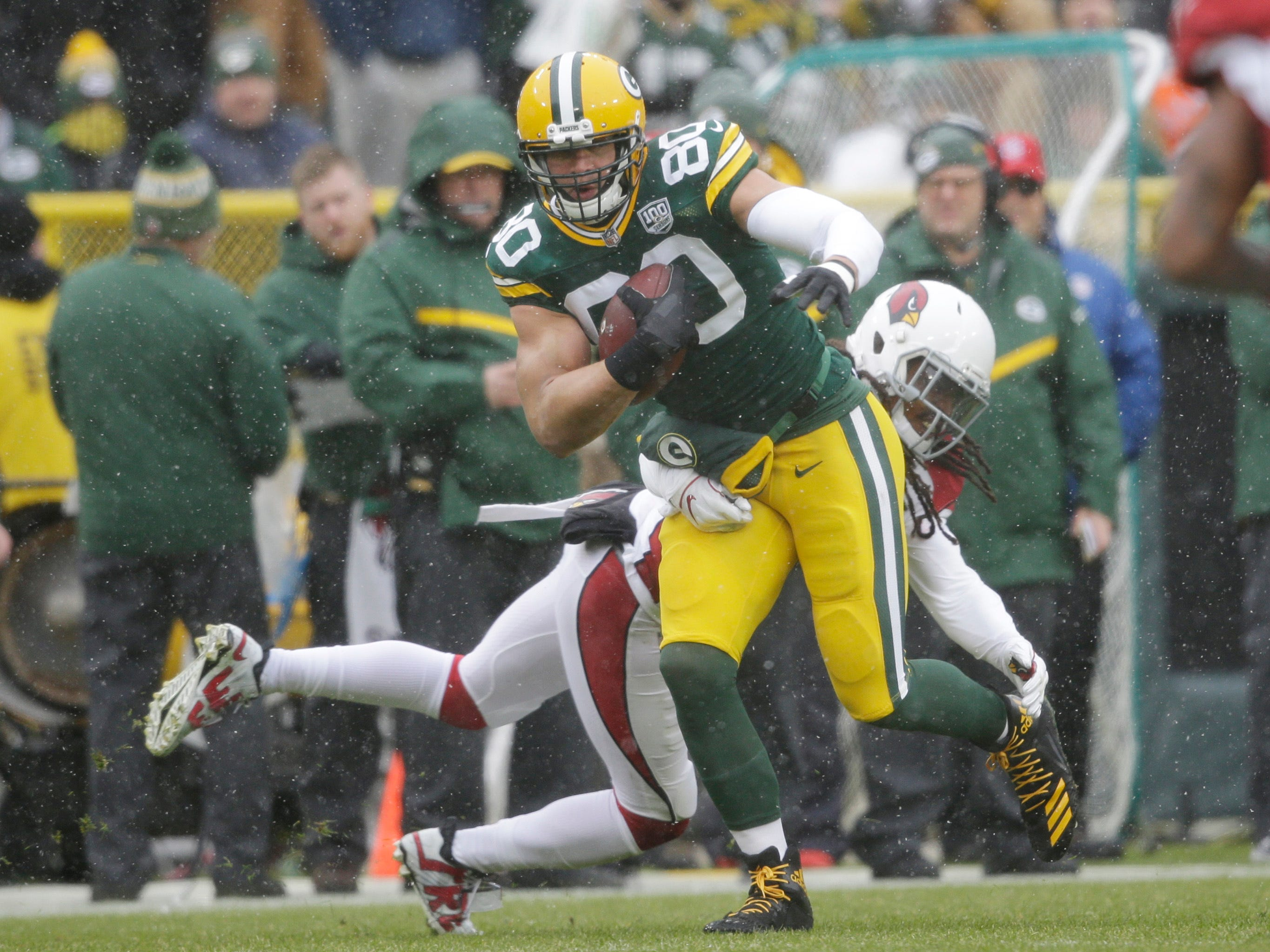 Green Bay Packers tight end Jimmy Graham runs after making a catch against the Arizona Cardinals during the first half of an NFL football game Sunday, Dec. 2, 2018, in Green Bay, Wis. (AP Photo/Jeffrey Phelps)