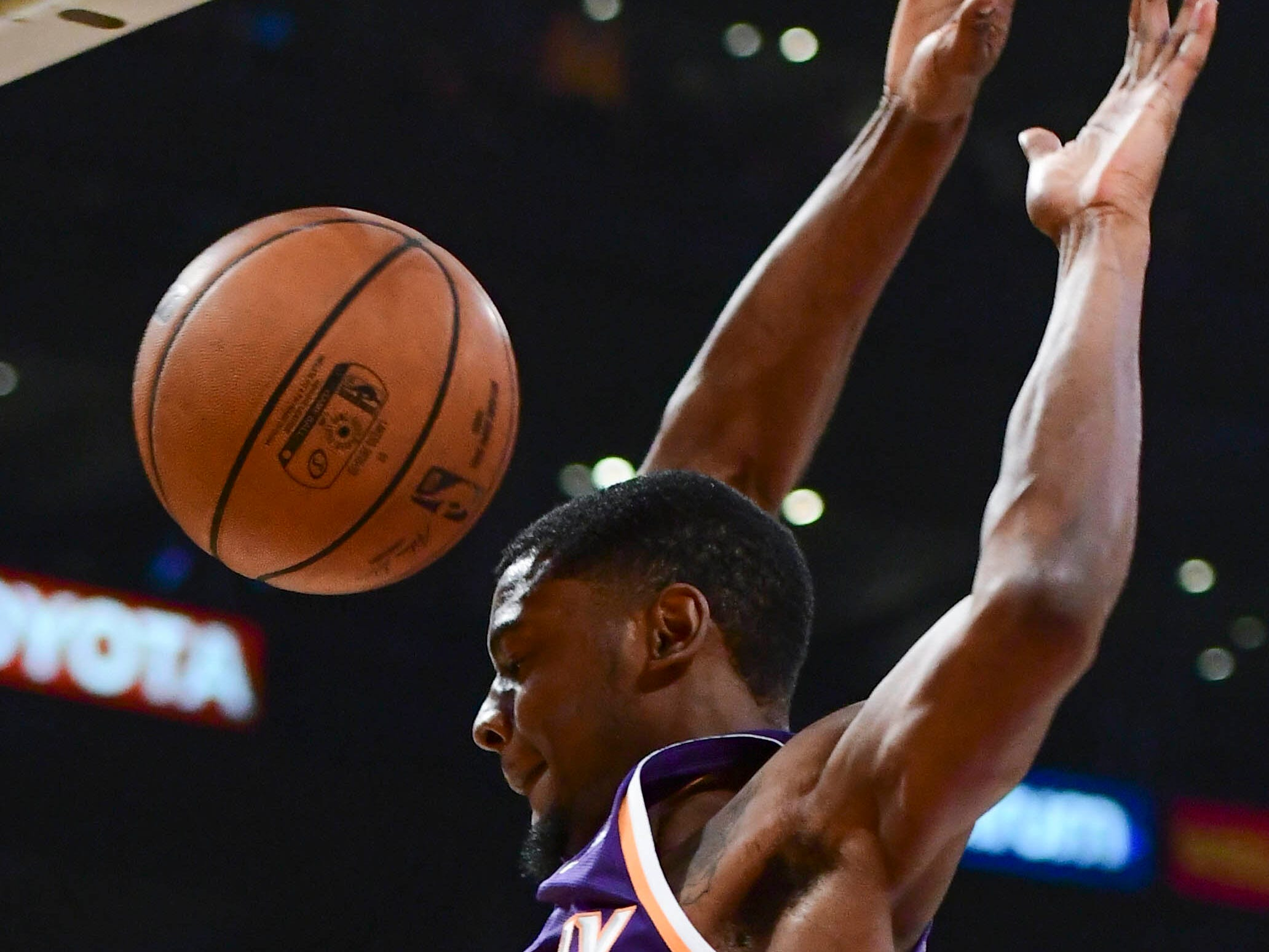 Dec 2, 2018; Los Angeles, CA, USA; Phoenix Suns forward Josh Jackson (20) dunks during the first quarter against the Los Angeles Lakers at Staples Center. Mandatory Credit: Robert Hanashiro-USA TODAY Sports