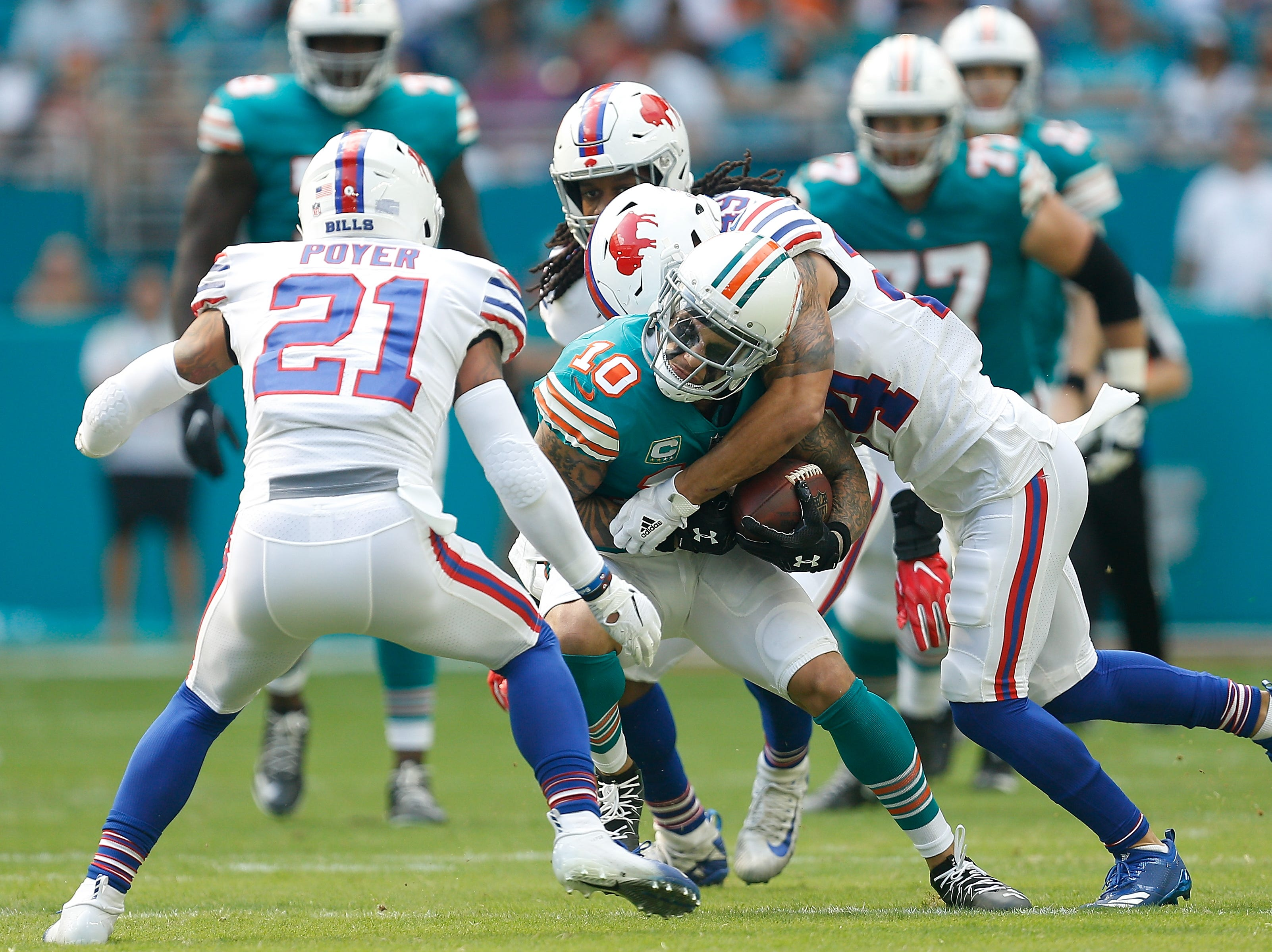 MIAMI, FL - DECEMBER 02: Kenny Stills #10 of the Miami Dolphins runs for extra yards after the catch during the first half against the Buffalo Bills at Hard Rock Stadium on December 2, 2018 in Miami, Florida.  (Photo by Michael Reaves/Getty Images)