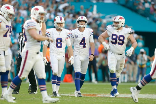 MIAMI, FL - DECEMBER 02:  Stephen Hauschka #4 of the Buffalo Bills reacts after missing a field goal against the Miami Dolphins during the second half at Hard Rock Stadium on December 2, 2018 in Miami, Florida.  (Photo by Michael Reaves/Getty Images)