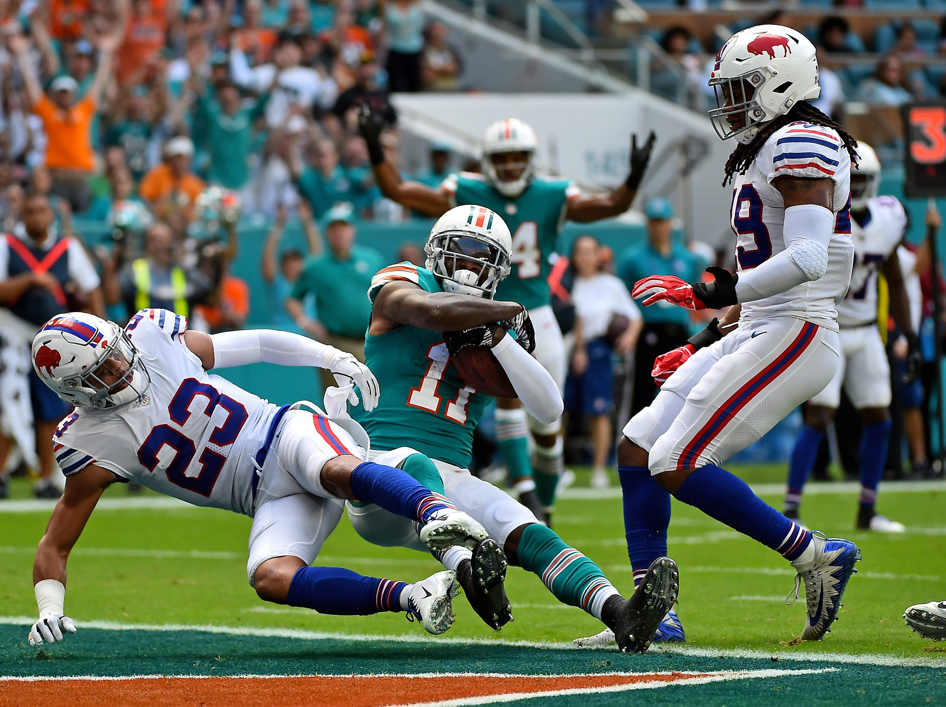 Dec 2, 2018; Miami Gardens, FL, USA; Miami Dolphins wide receiver DeVante Parker (11) makes a catch for a touchdown against the Buffalo Bills during the first half at Hard Rock Stadium. Mandatory Credit: Jasen Vinlove-USA TODAY Sports
