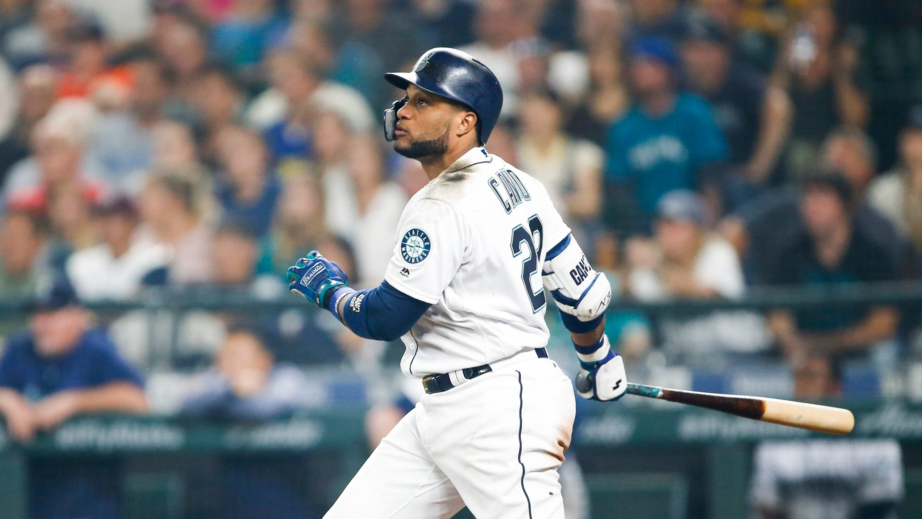 sports shoes b086a c039a Mets to acquire Robinson Cano, Edwin Diaz in blockbuster ...