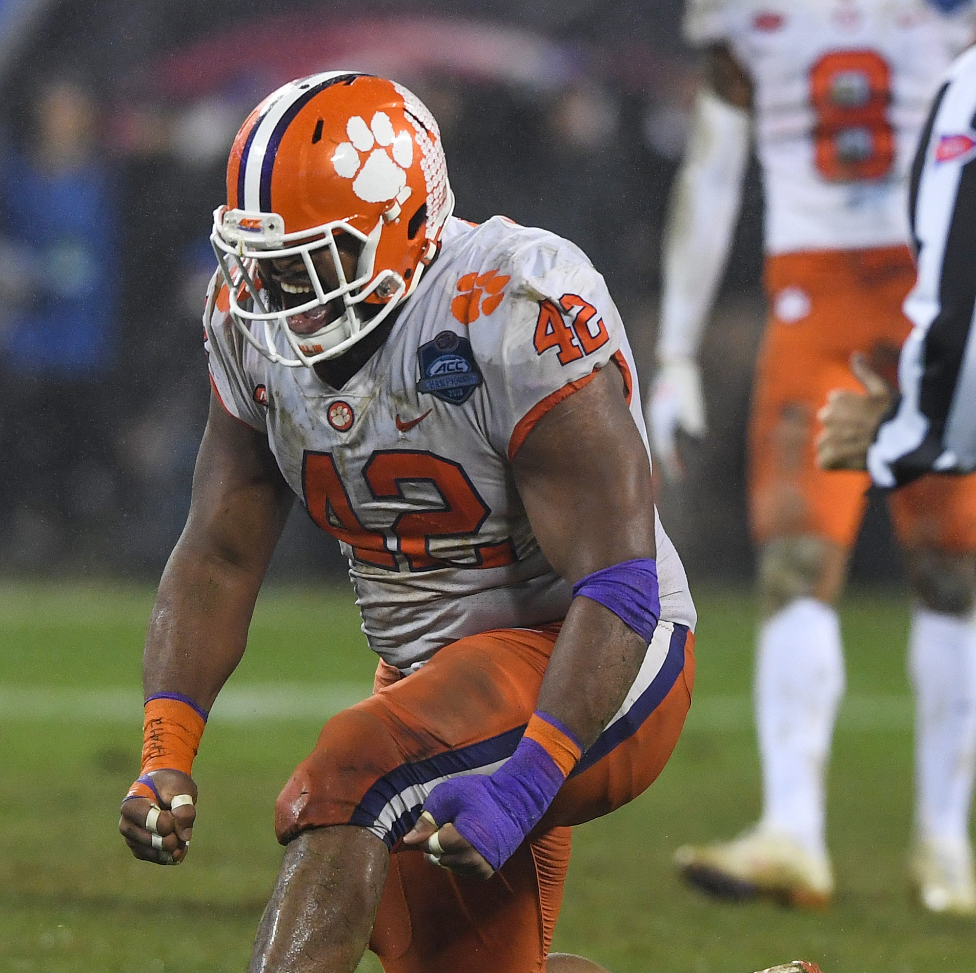 Clemson football's defensive tackle Christian Wilkins recipient of 'Academic Heisman'