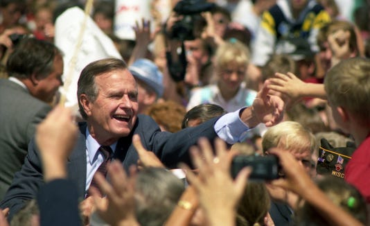 Bush 1992 0727 04