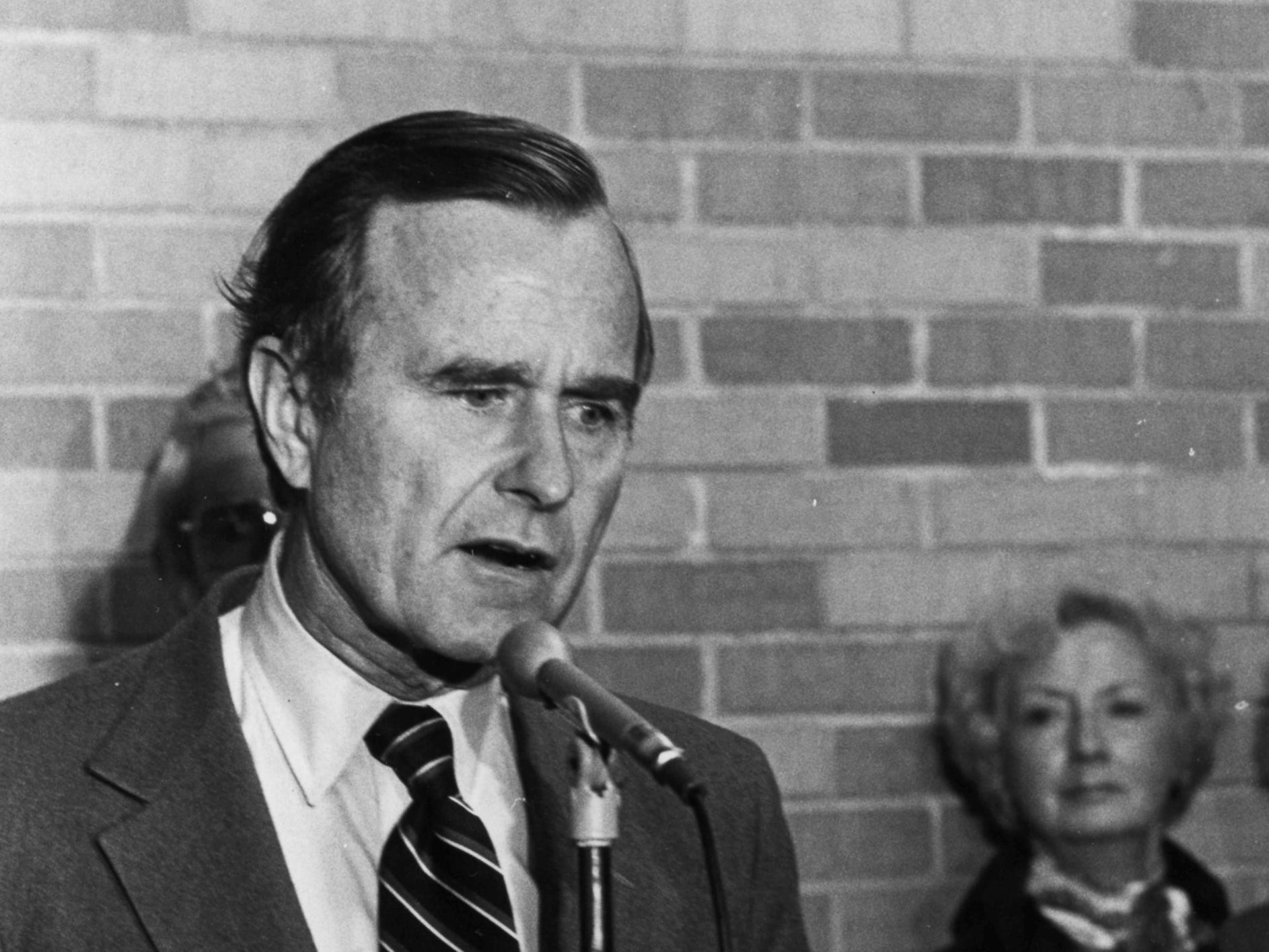 Republican vice presidential candidate George H. W. Bush talks to reporters Oct. 24, 1980 at the Outagamie County Airport.  Post-Crescent photo by Dave Pieper