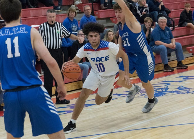 Cam Evans scored 23 points for Zane Trace in their loss against Hilliard Davidson on Saturday.