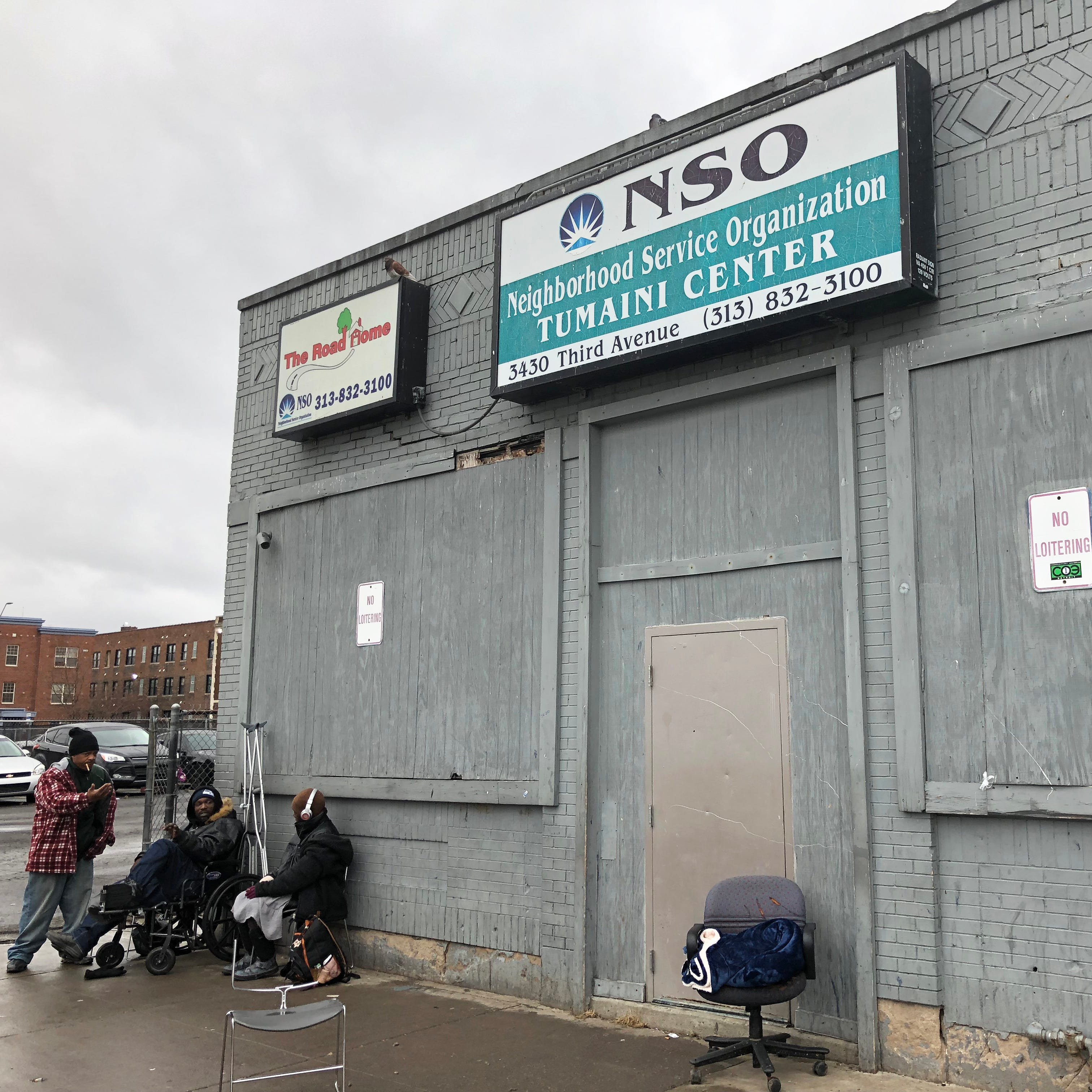 Ilitches waver on deal to help Midtown shelter move