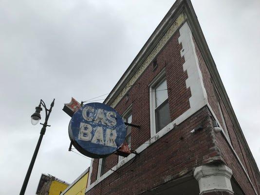 Cas Bar