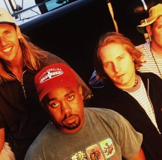 Hootie & the Blowfish back together with new music and a 2019 tour
