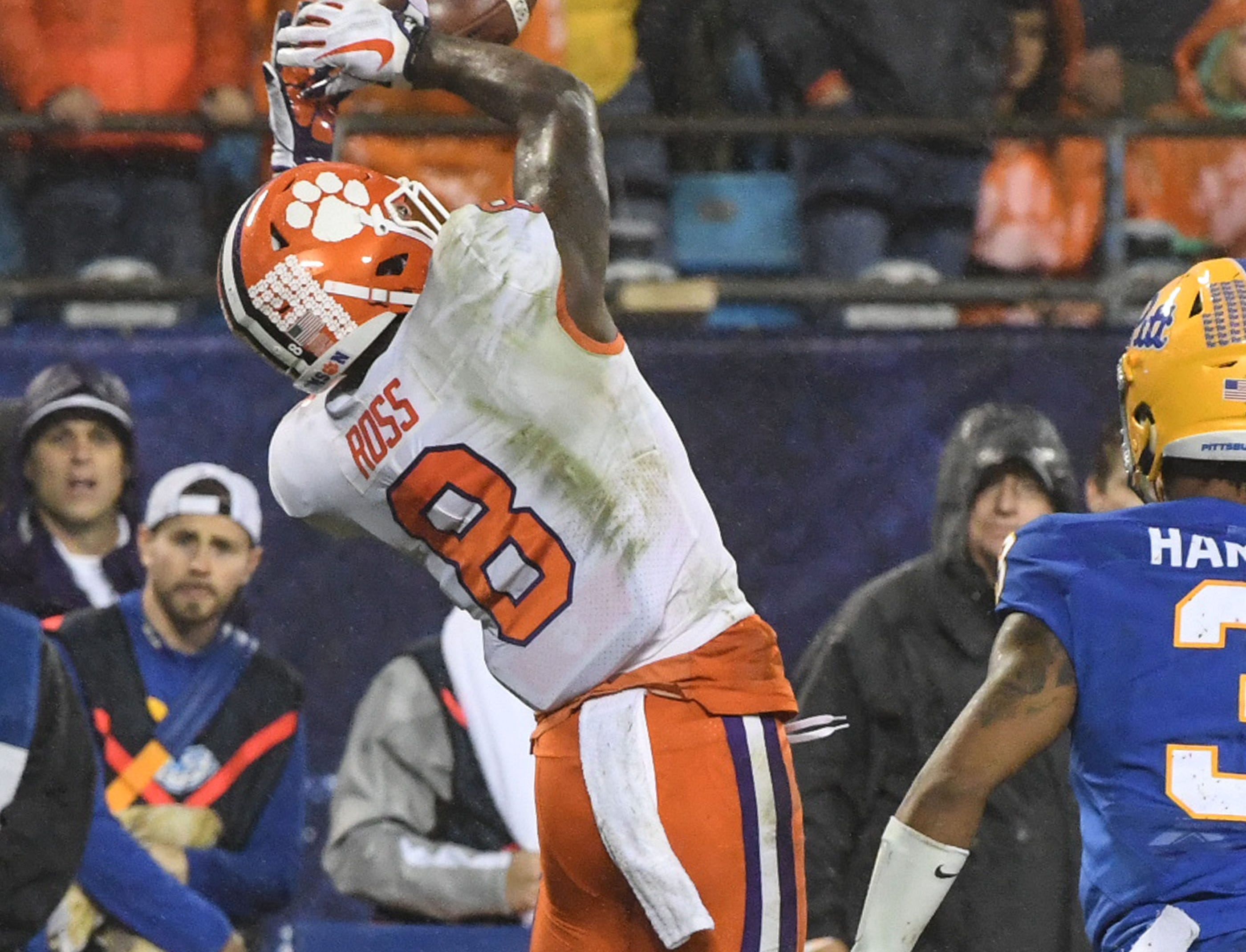 Clemson wide receiver Justyn Ross (8) catches a ball against Pittsburgh during the third quarter of the Dr. Pepper ACC football championship at Bank of America Stadium in Charlotte, N.C. on Saturday, December 1, 2018.
