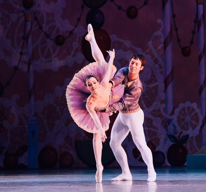 """""""Make your family's holiday season even merrier by entering to winning Indianapolis Ballet's Insider VIP package for The Nutcracker, presented by Methodist Sports Medicine."""