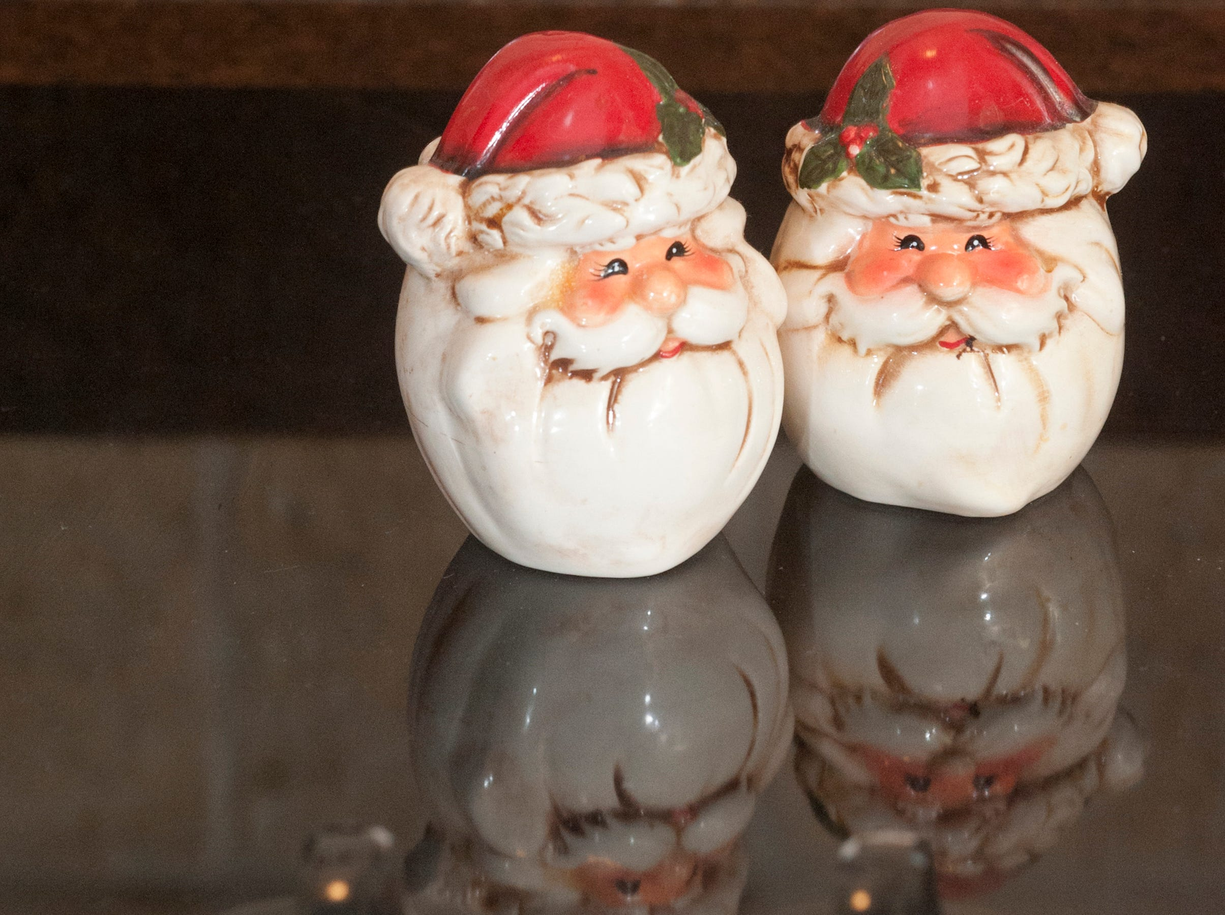 Santa salt and pepper shakers sit atop the McMurry kitchen stove top.