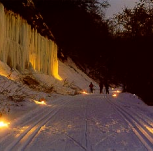 Candlelight hikes give winter in Wisconsin a beautiful glow