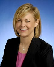 Nashville health director Wendy Long is resigning to lead the Tennessee Hospital Association.