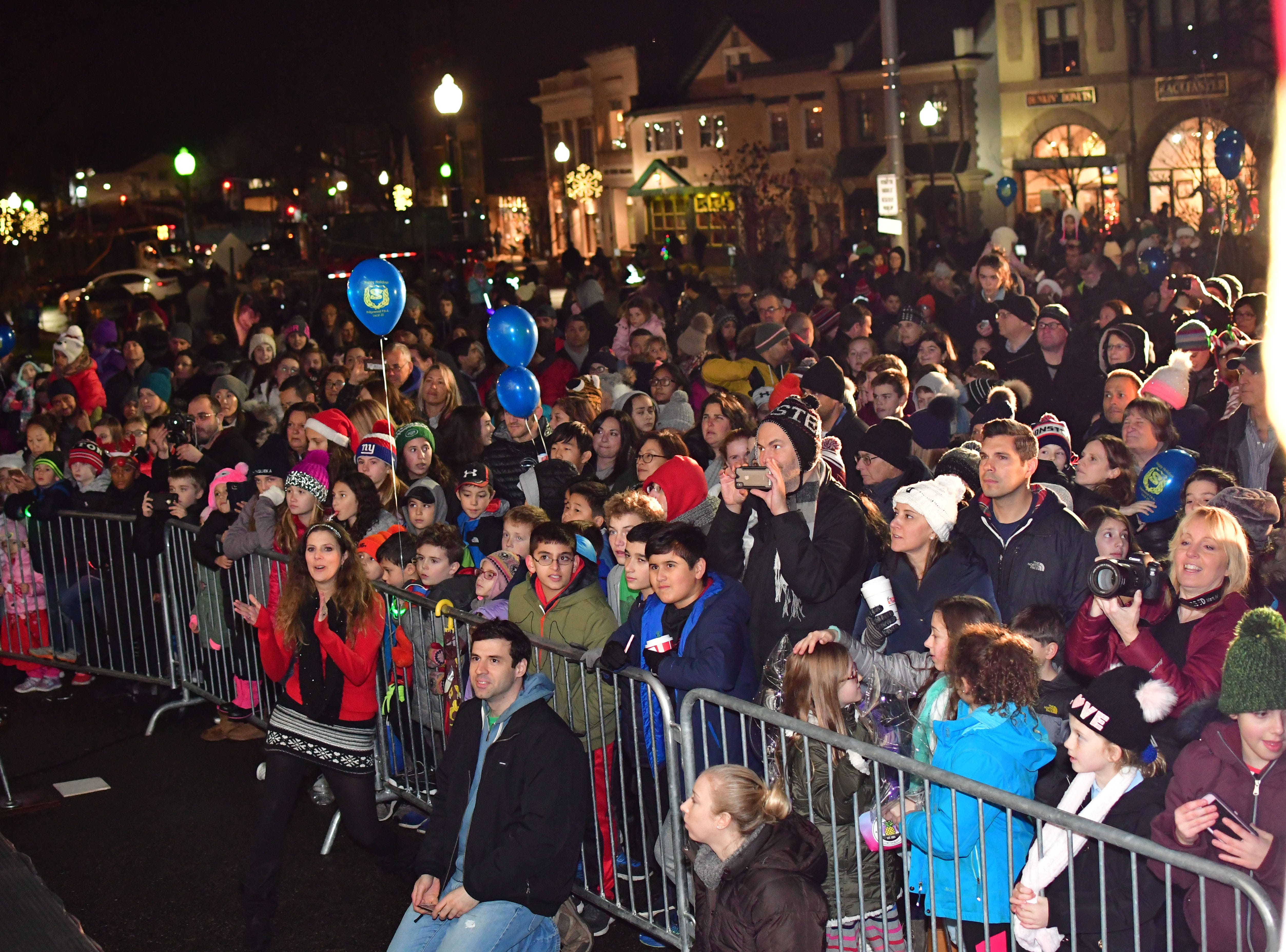The crowd along East Ridgewood Avenue in Ridgewood on Nov. 30.